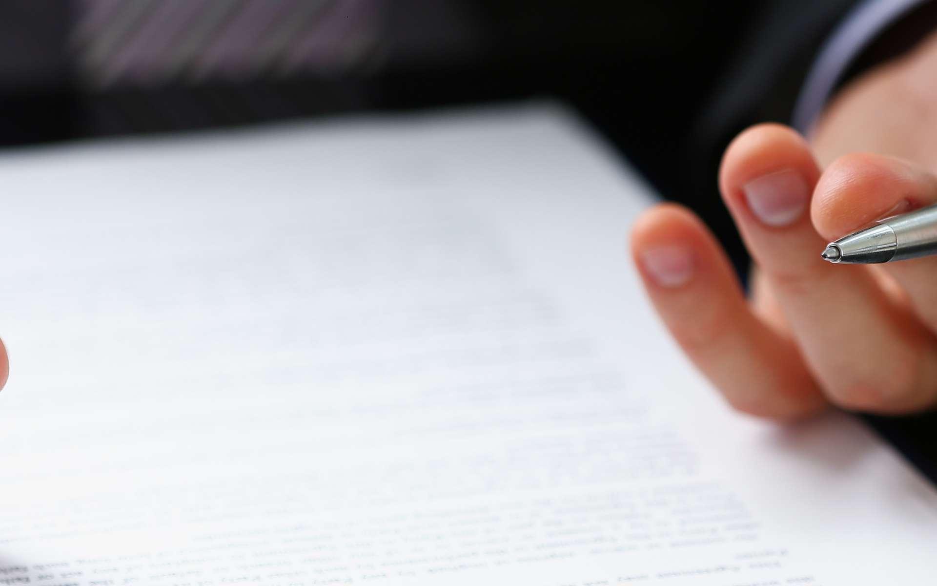 La lettre de motivation, un passage obligé pour l'étape suivante de recrutement, l'entretien d'embauche. © Анна Купревич, AdobeStock