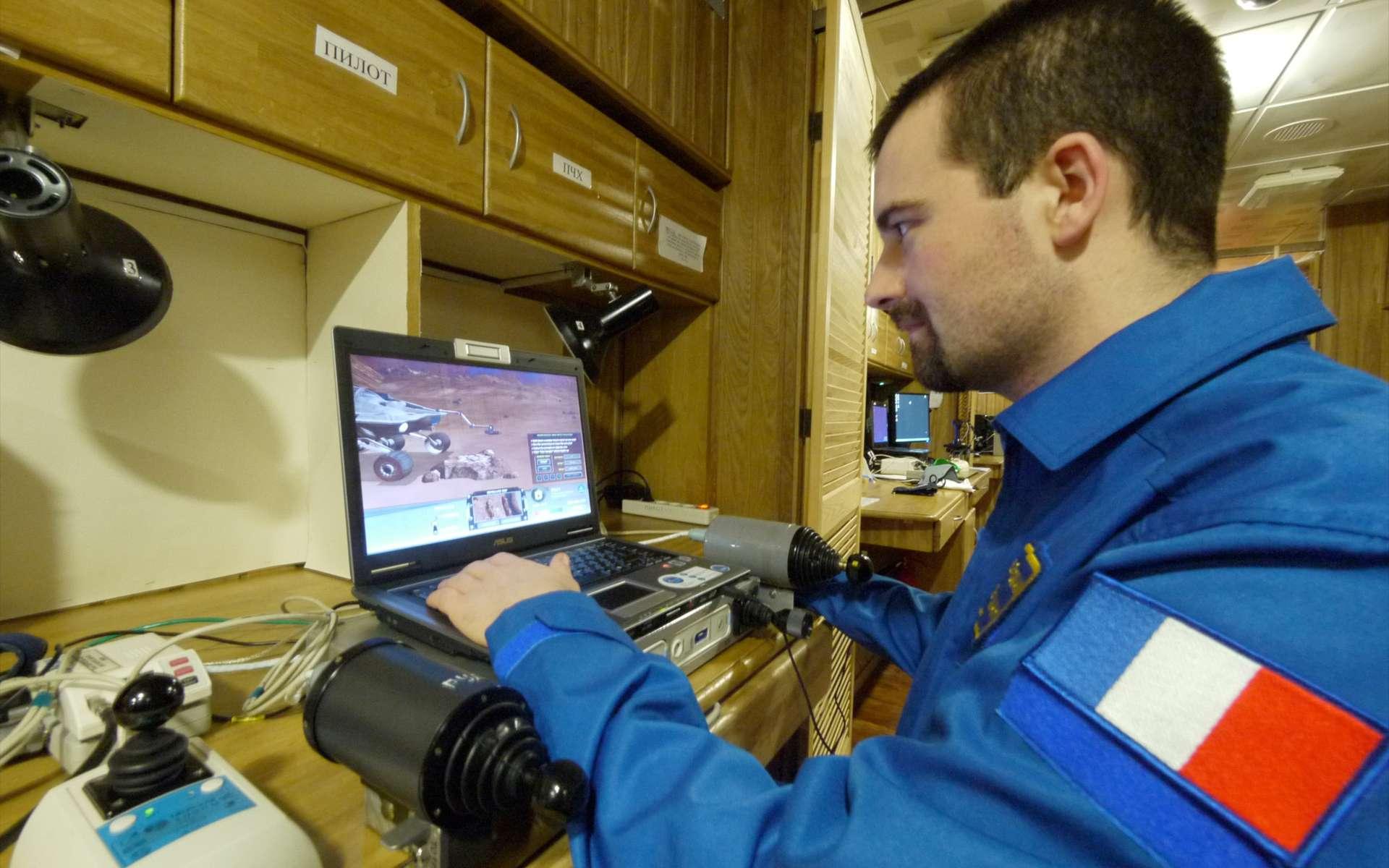Initiée et organisée par l'Agence spatiale européenne et l'Institut des problèmes biomédicaux de Moscou, l'expérience Mars 500 a permis de recueillir des données physiologiques et psychologiques, essentielles pour l'envoi d'Hommes sur Mars. © Esa