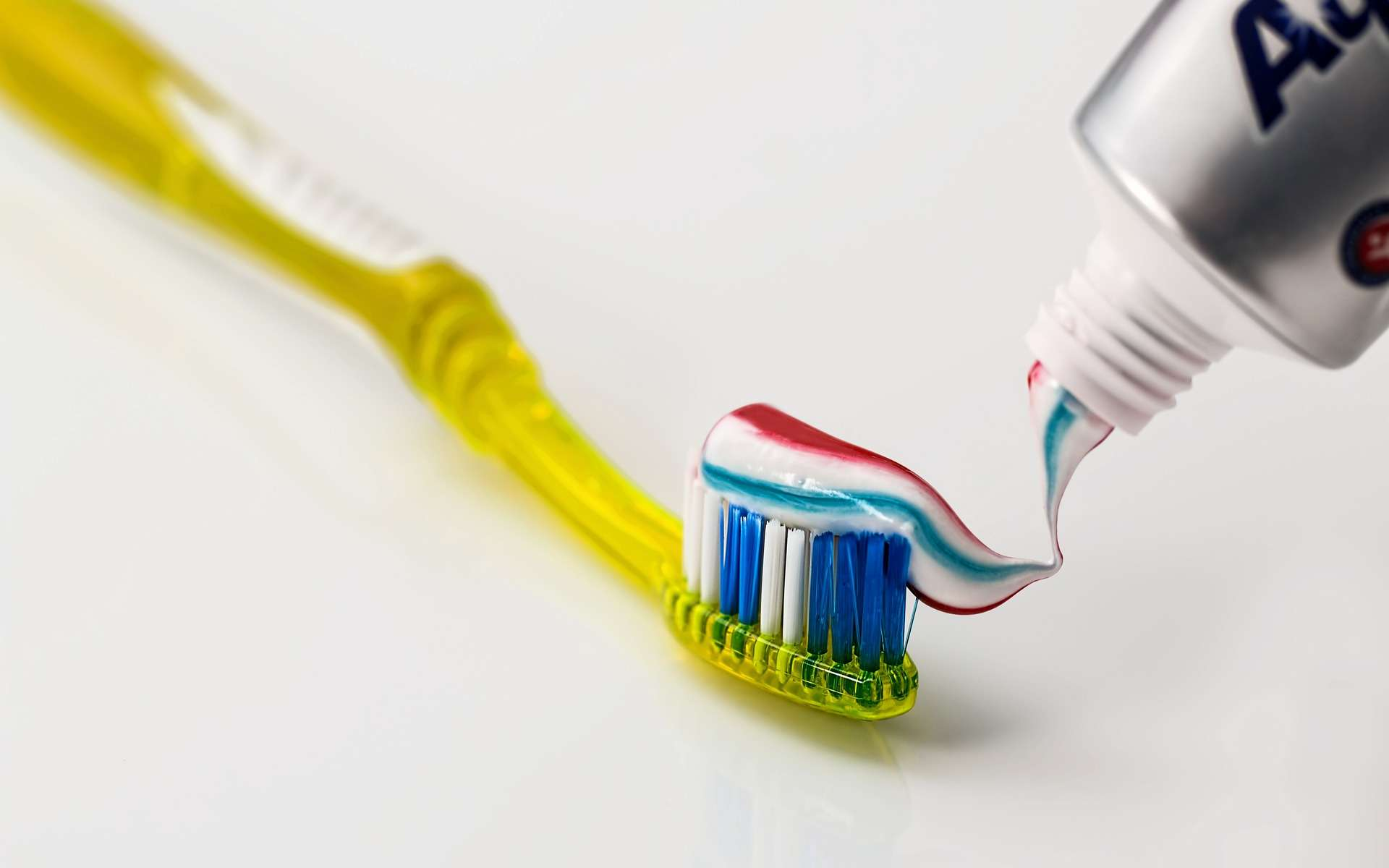 Dans le dentifrice, les rayures ne sont là que pour faire joli ! © stevepb, Pixabay, DP