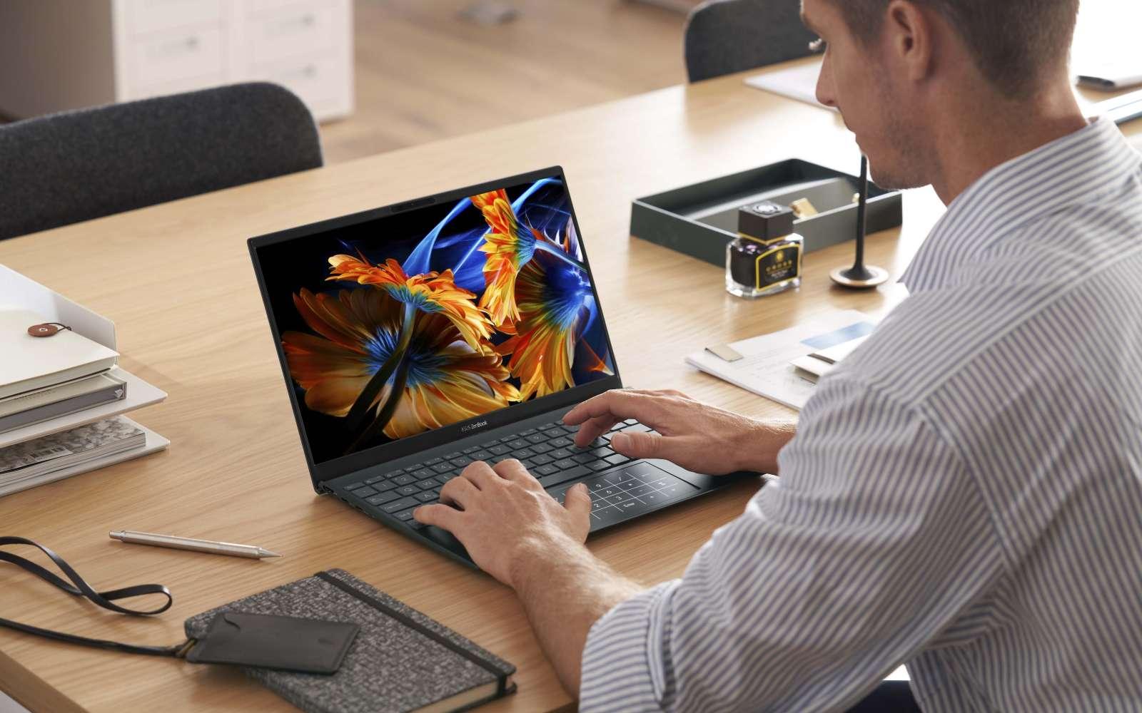 Le ZenBook 13 Oled est très polyvalent et son écran Oled délivre une image exceptionnelle. Pourquoi s'en priver ? © Asus
