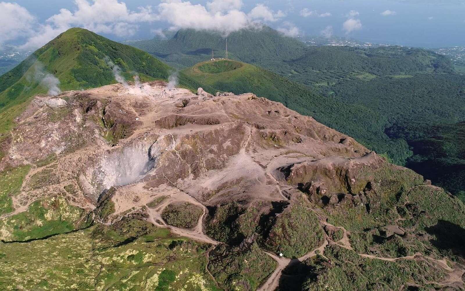 La Soufrière, un volcan actif et très surveillé. © Les Films en vrac