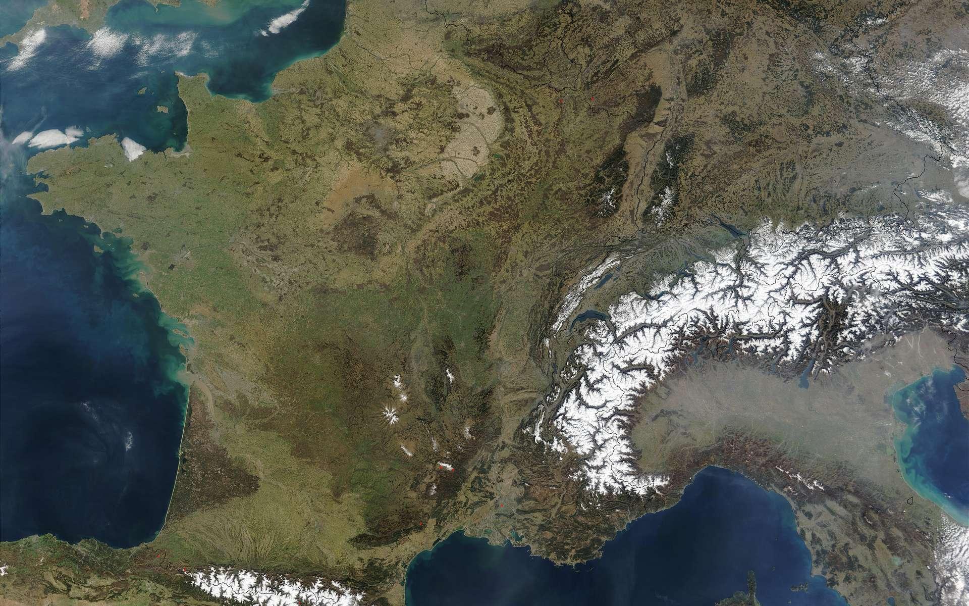 En 2020, il a fait, sur la France, en moyenne, 1,4 °C plus chaud que la normale. © Nasa