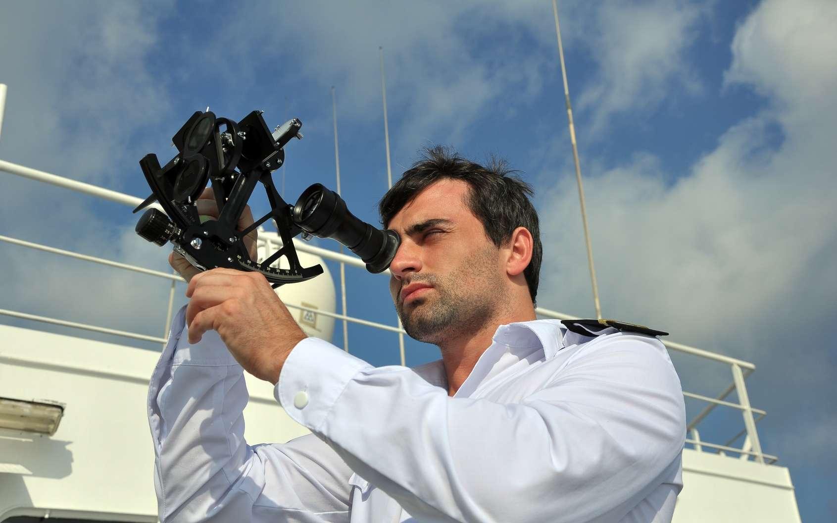 Le sextant : principe et utilisation. © andrej pol, Fotolia