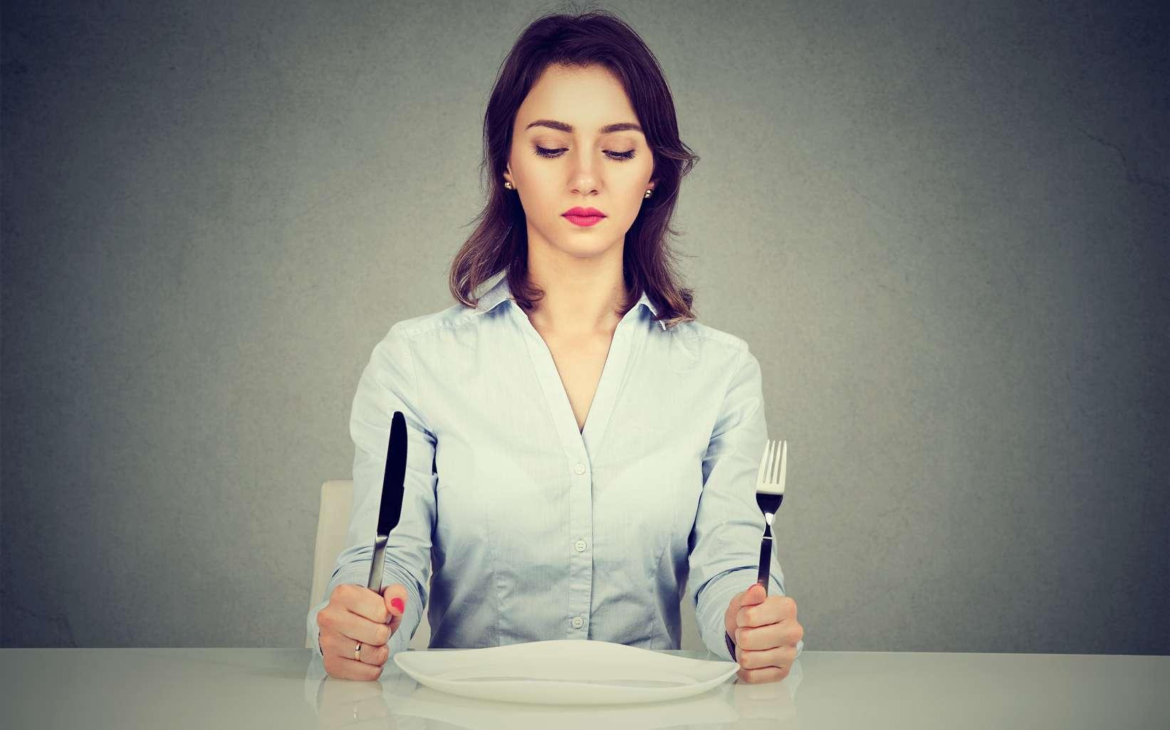 Un chiffre moins élevé sur la balance indique bien une perte de poids, mais il s'agit souvent d'une perte de muscles dans le cadre d'un régime. © pathdoc, Fotolia