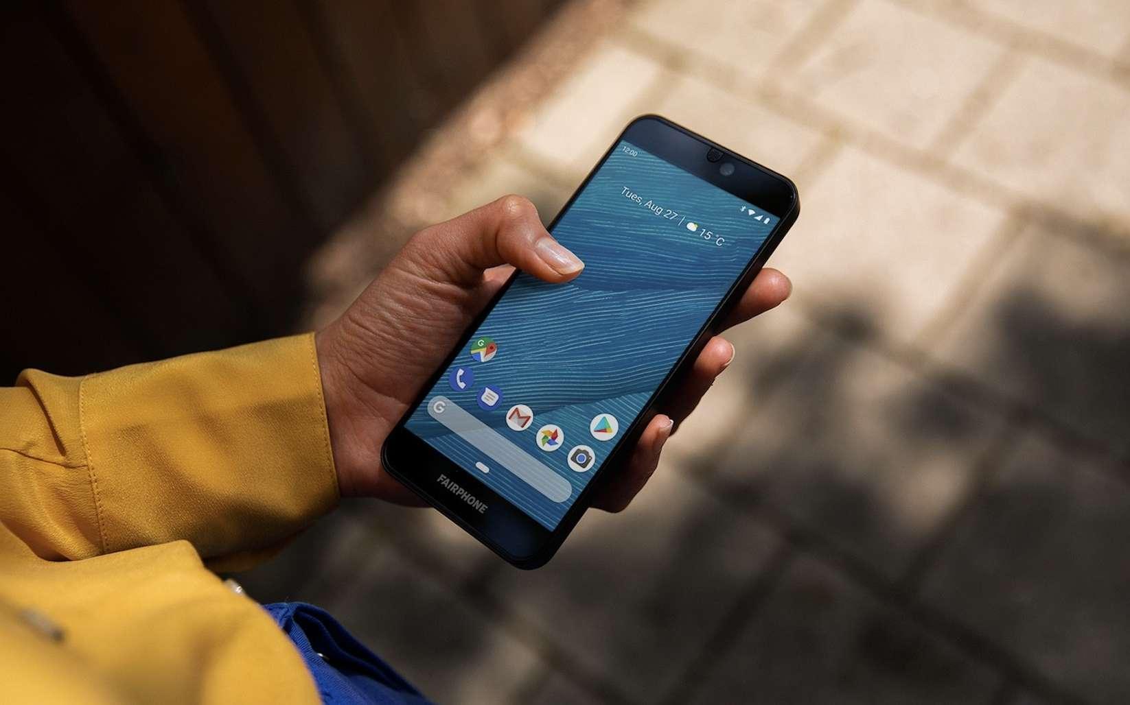 Le Fairphone 3, un smartphone équitable et modulaire. © Fairphone
