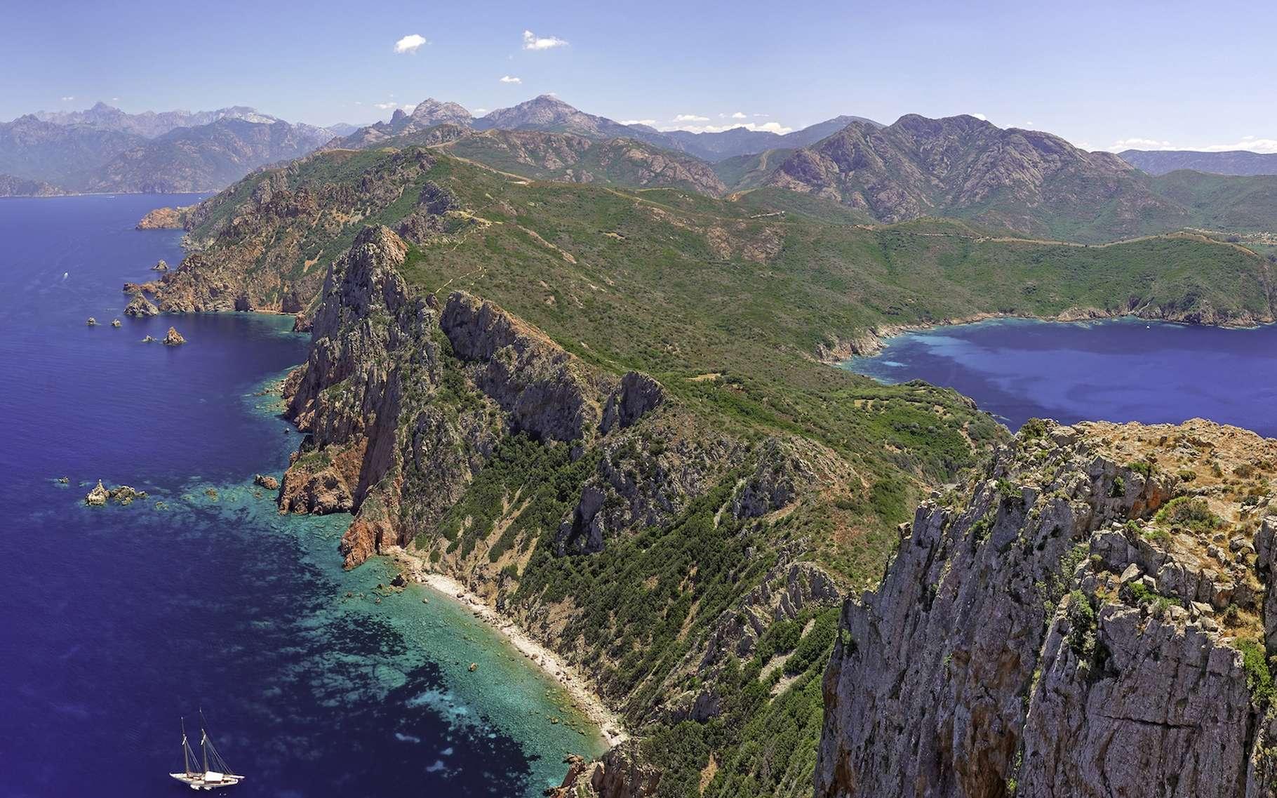 La Corse, une île merveilleuse à découvrir. © Gamut, Adobe Stock