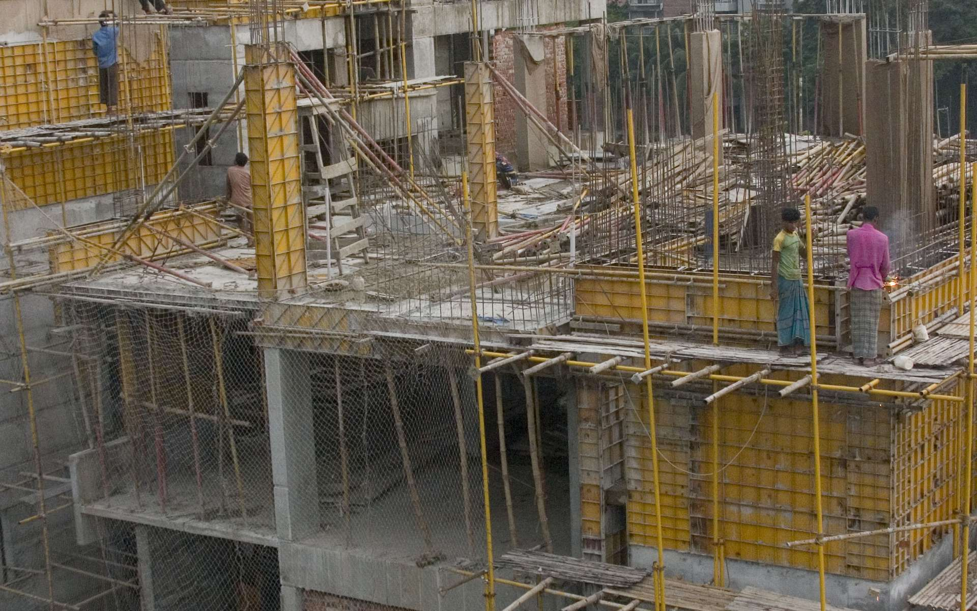 La platée est l'ensemble des fondations qui permettent de monter un édifice. © Jeff Ratliff, CC BY-SA 2.0, Wikimedia Commons
