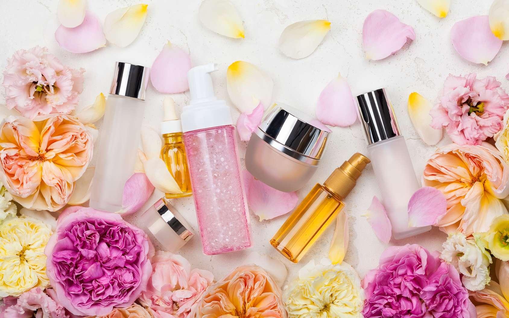 Crème pour le corps, lotion nettoyante, huile démaquillante : quels sont les ingrédients qui les composent ? © sarsmis, Fotolia