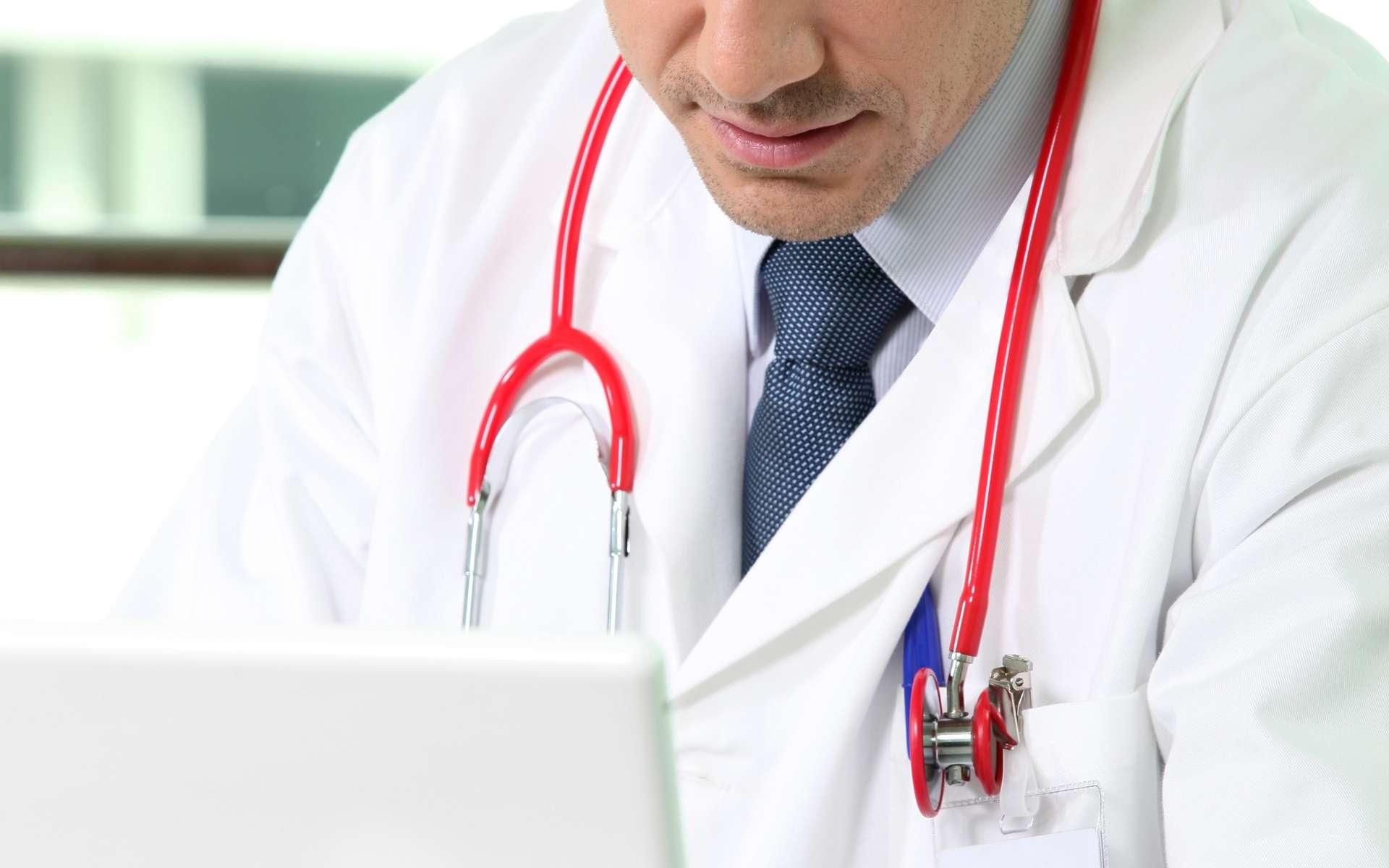 Les médecins français prescrivent peu en DCI. Ces dénominations sont pourtant des noms univoques. © Phovoir