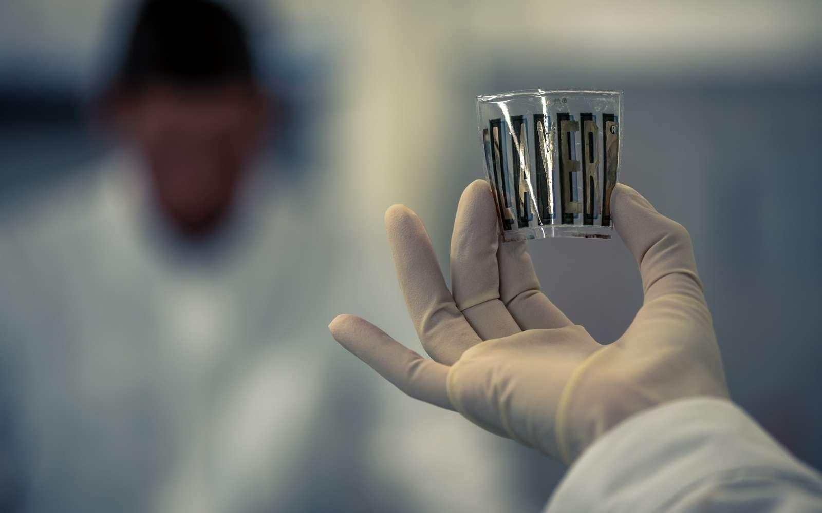 Un exemple de module photovoltaïque fabriqué avec la technologie LAYER® de Dracula Technologies. © Dracula Technologies