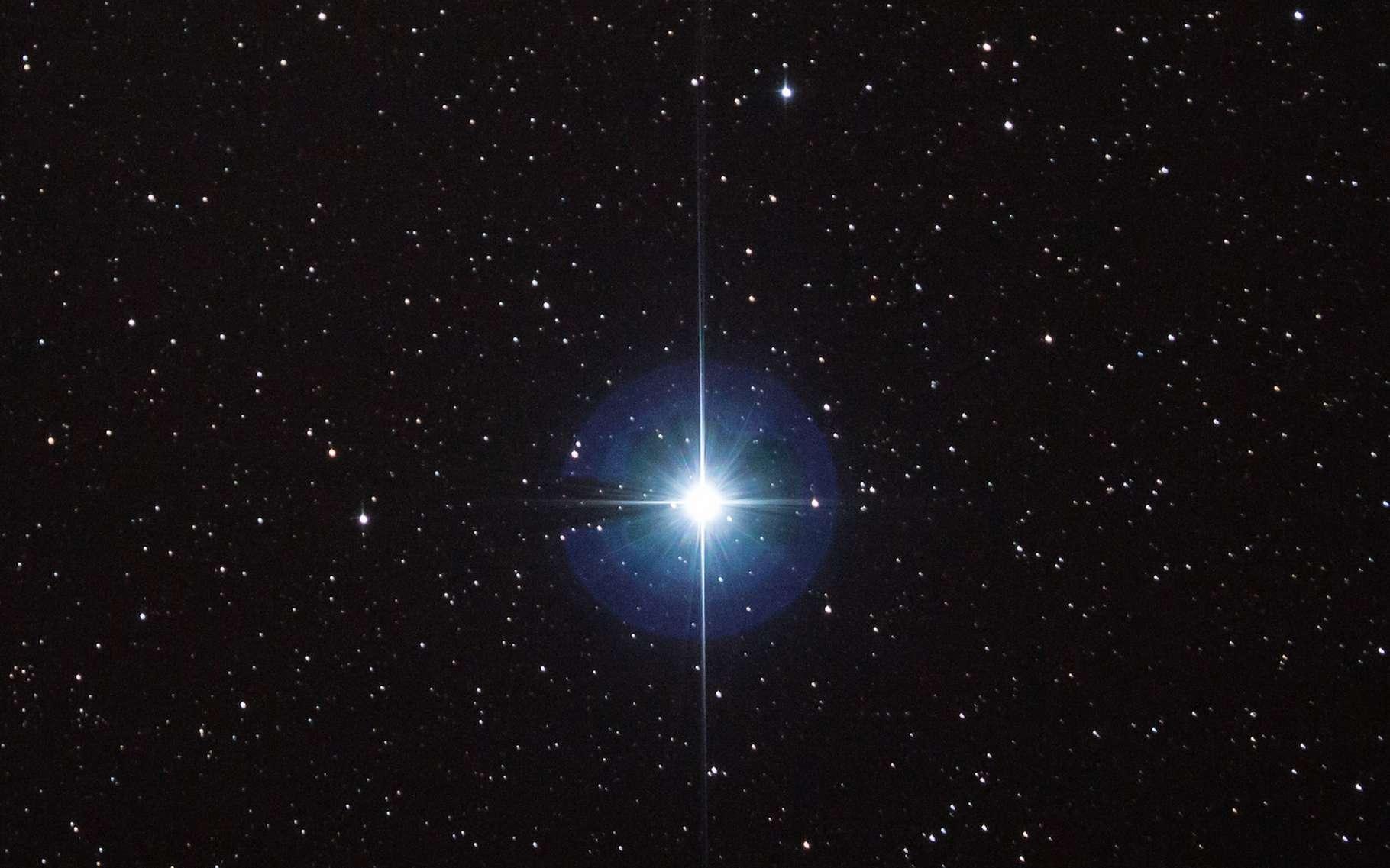 Véga est l'étoile référence de magnitude 0. © Stephen Rahn, Wikipedia, CC0