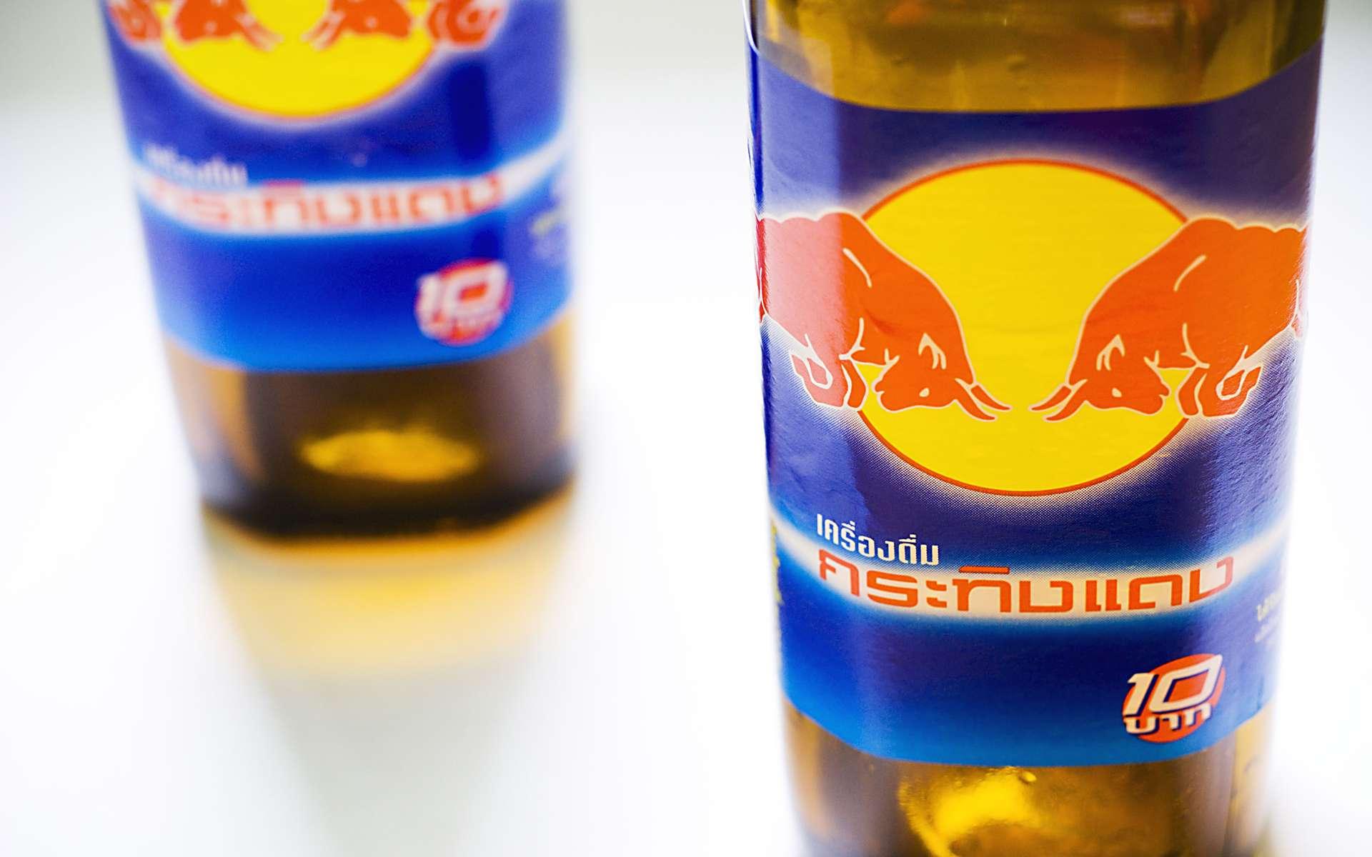 Les boissons énergisantes sont dans le viseur de l'Anses, car des problèmes cardiaques vraisemblablement liés à leur consommation ont été signalés. © Compscigrad, Fotopédia, cc by nc sa 2.0