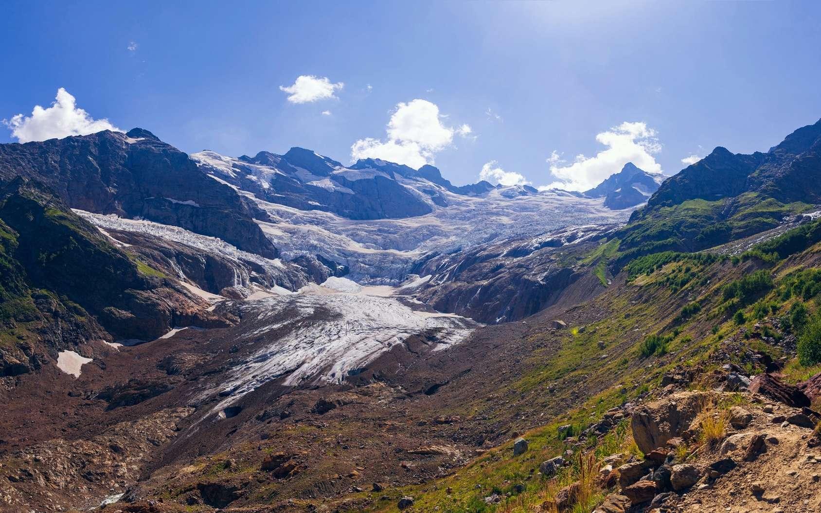 Glacier dans le Caucase. © dmitriydanilov62, fotolia