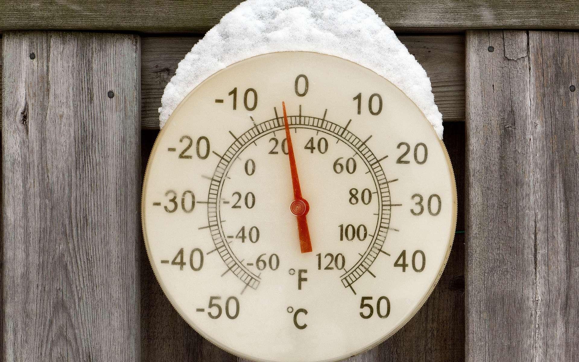 Degrés Celsius et degrés Fahrenheit sont utilisés pour indiquer la température dans la vie de tous les jours, contrairement au kelvin. © Joe deSousa, Flickr, DP