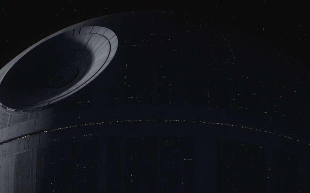 Une image tirée du film Rogue One : A Star Wars Story montrant la construction de l'Étoile de la Mort. © Lucasfilm Ltd