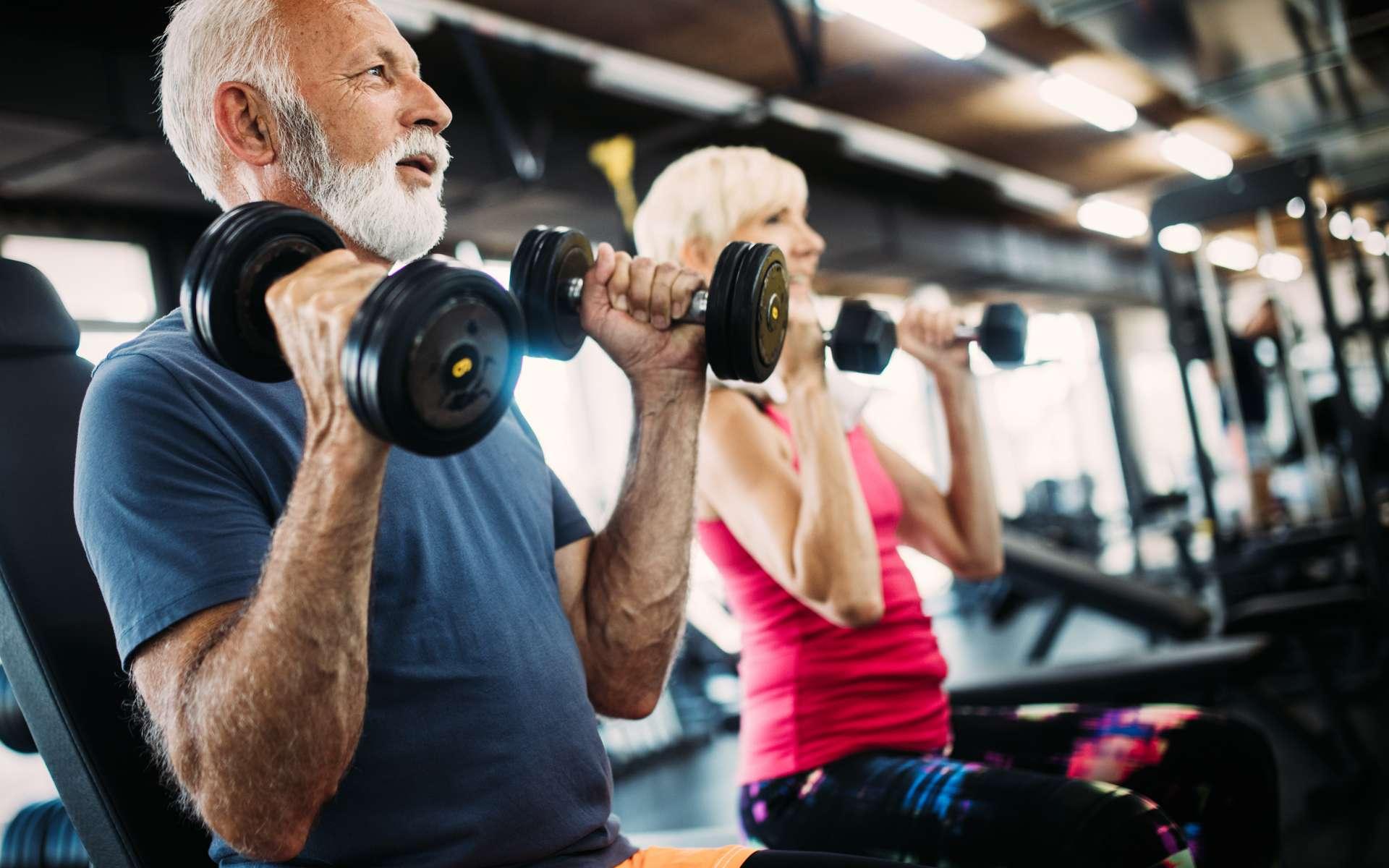 Longévité : faites du sport, peu importe l'intensité. © NDABCREATIVITY, Adobe Stock