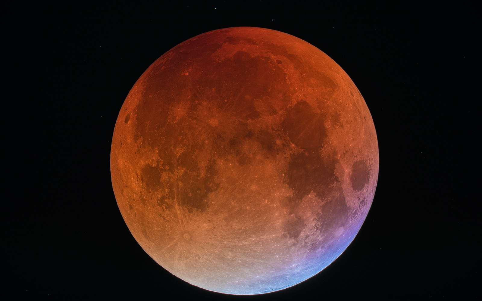 L'éclipse totale de Lune de septembre 2015. © Dominique Dierick