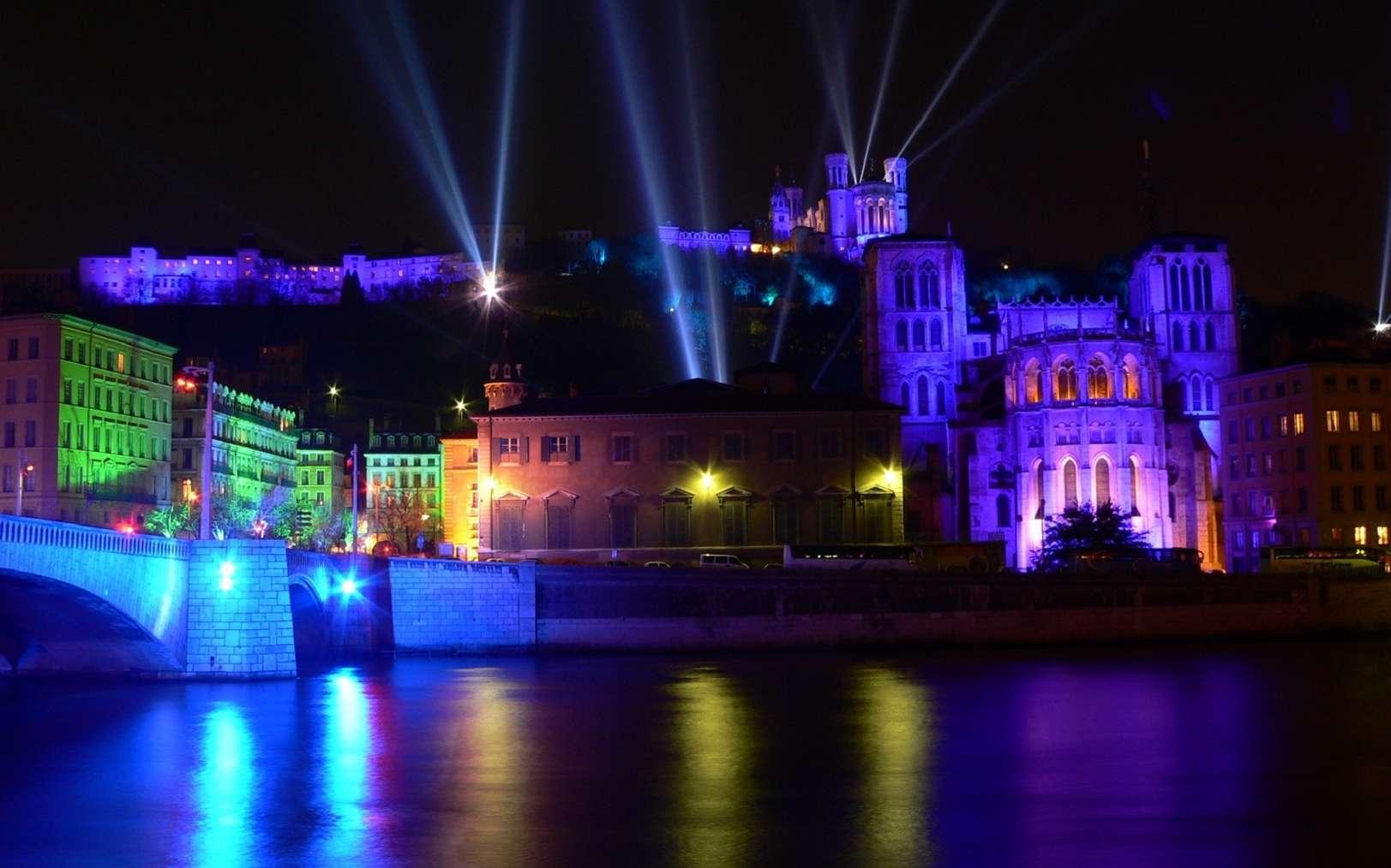 La fête des lumières à Lyon a lieu autour du 8 décembre. © Jean-Claude Drillon, Fotolia