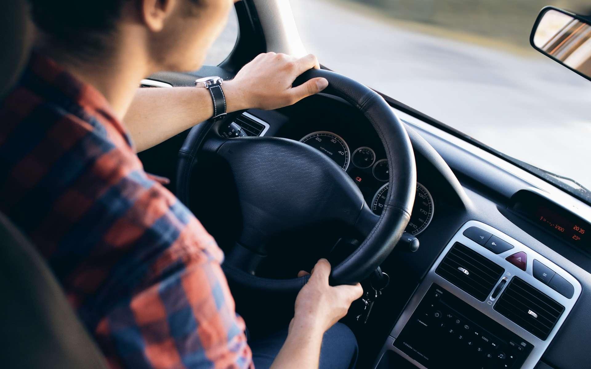 Après quinze minutes de conduite seulement, l'envie de dormir augmente. © Jeshoots, Pexels