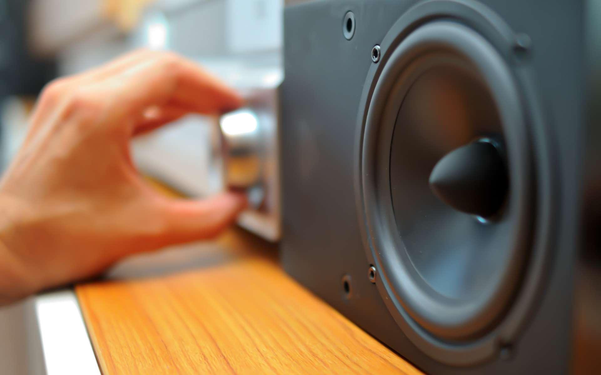 L'expérience télévisuelle implique un son audio performant. © Salvatore Pandolfi, Adobe Stock