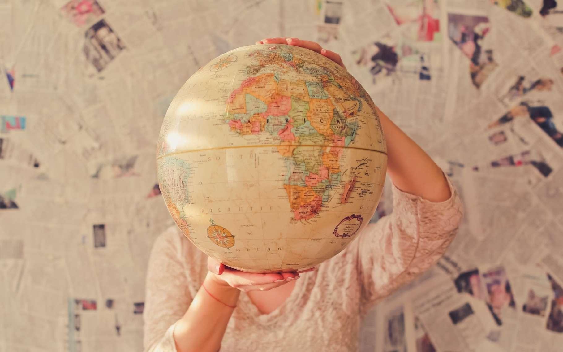 La Terre est ronde. On nous l'enseigne à l'école. Mais comment s'en assurer? © Slava Boawmon, Unsplash