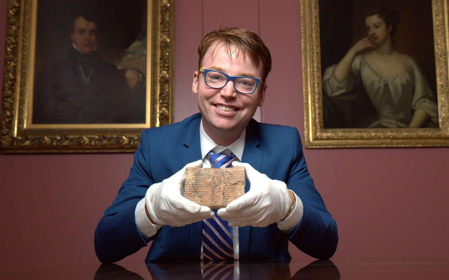 Des chercheurs australiens concluent de leur étude de la tablette Plimpton 322 que l'approche babylonienne de la trigonométrie était bien plus simple que la nôtre. © Daniel Mansfield, université de Nouvelle-Galles du Sud