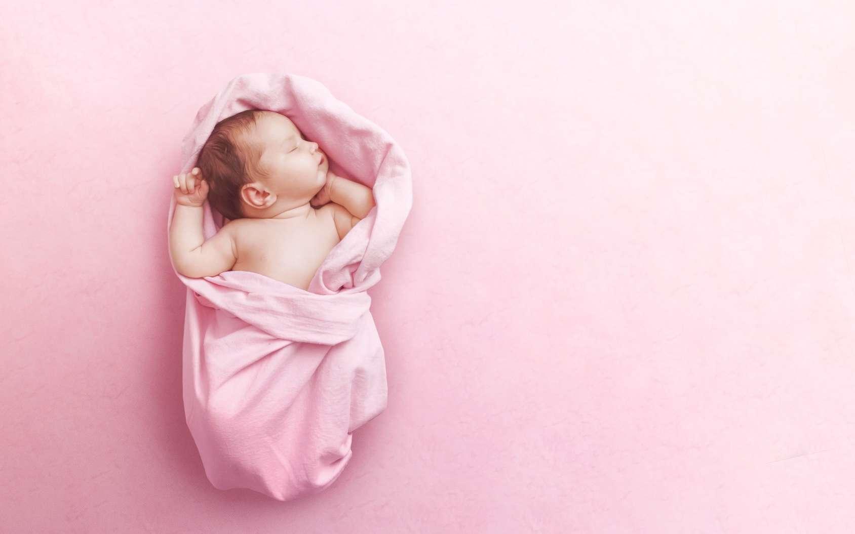 Aux États-Unis, un bébé naît d'un embryon congelé il y a 24 ans. La fille et sa mère sont en fait de la même génération… © svetlanasmirnova, Fotolia