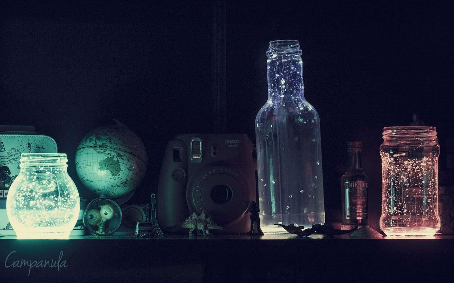 La phosphorescence est un phénomène de photoluminescence qui peut servir à la décoration. © campanula, Pixabay, CC0 Public Domain