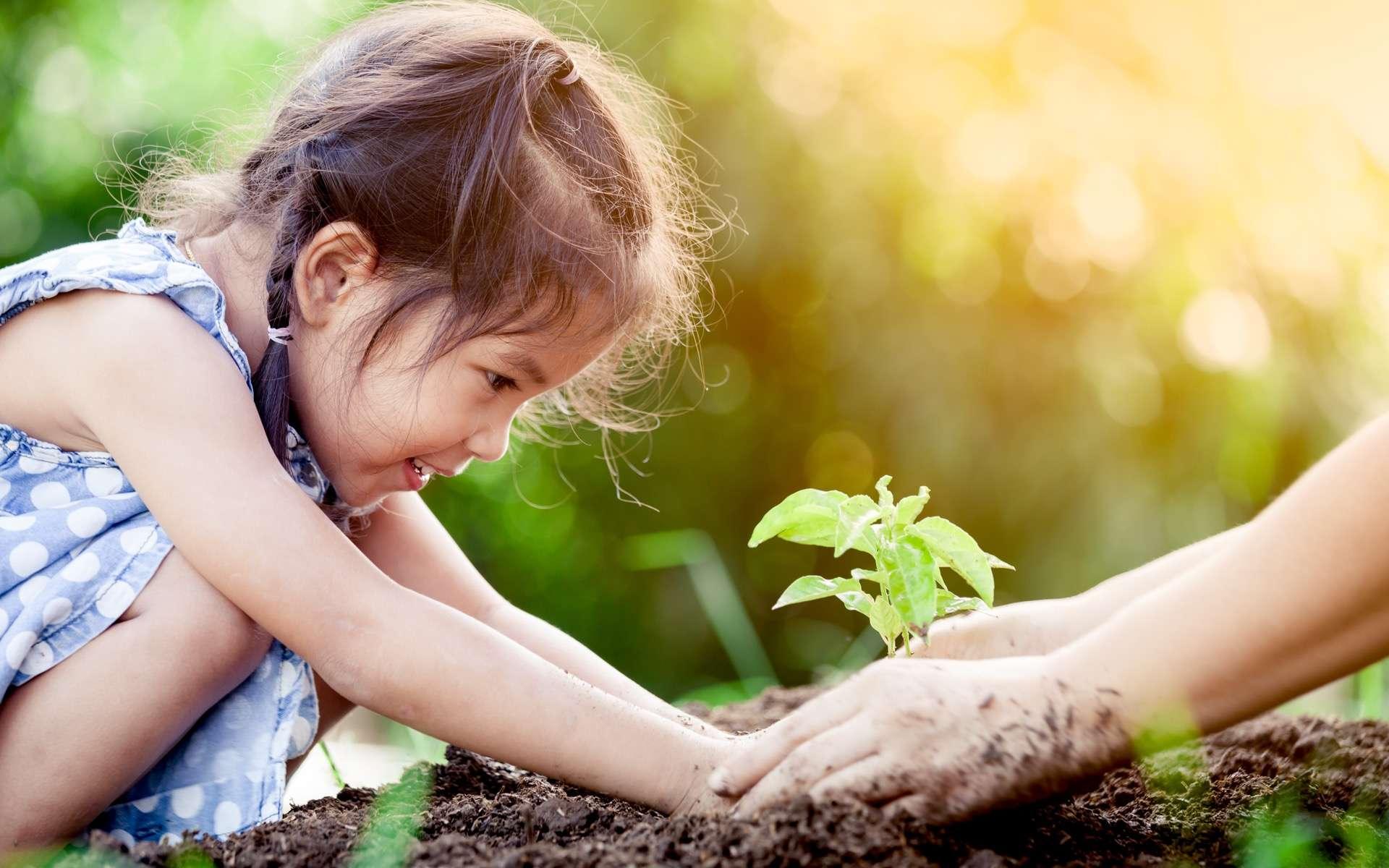 L'écologie est largement plébiscitée par les 80.000 Français qui ont répondu à la consultation citoyenne lancée par des associations et des ONG afin de construire une société post-Covid-19. © Pingpao, Adobe Stock