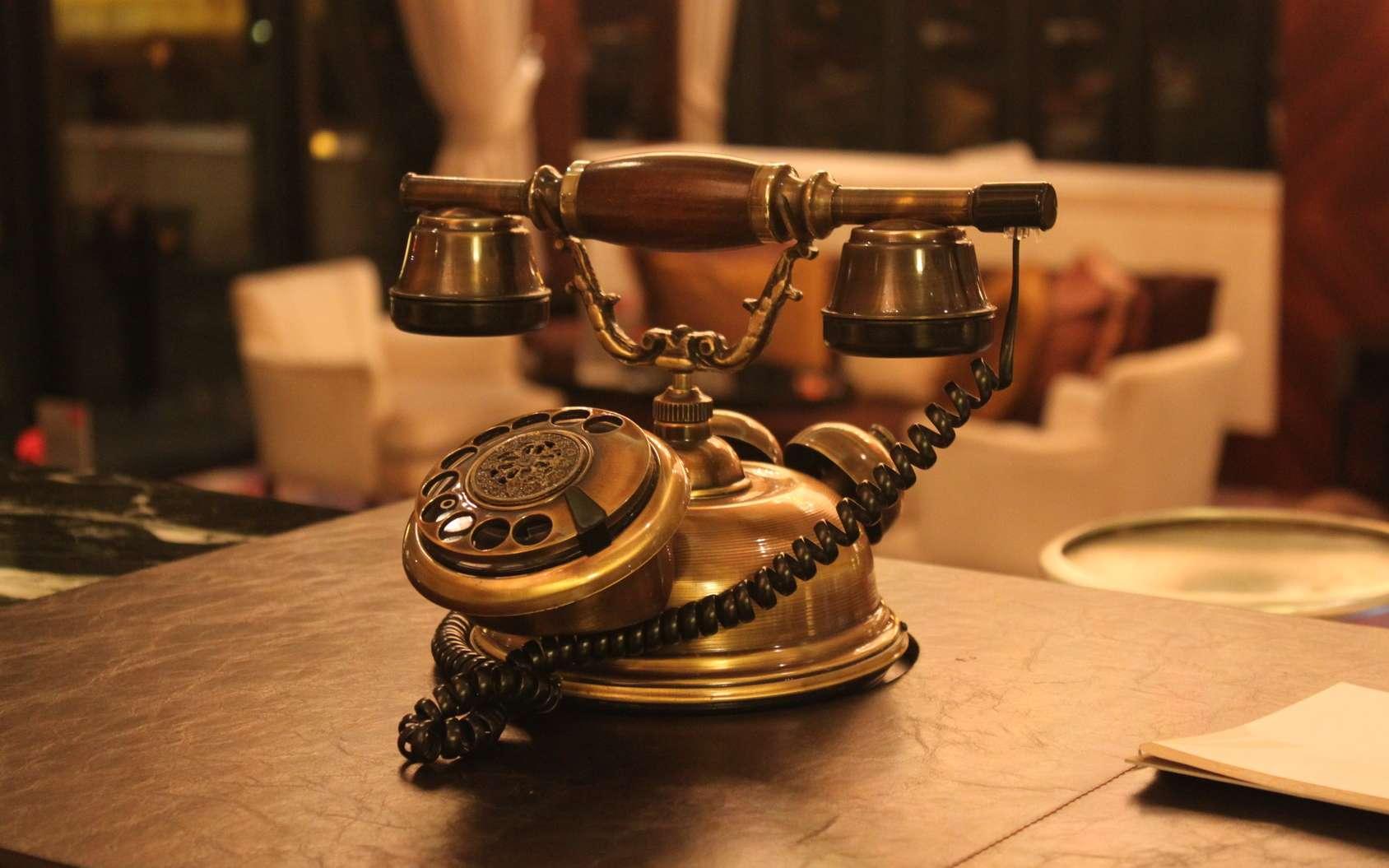 Certains attribuent l'invention du téléphone à Graham Bell (1876), d'autres à Antonio Meucci. © Maria, fotolia