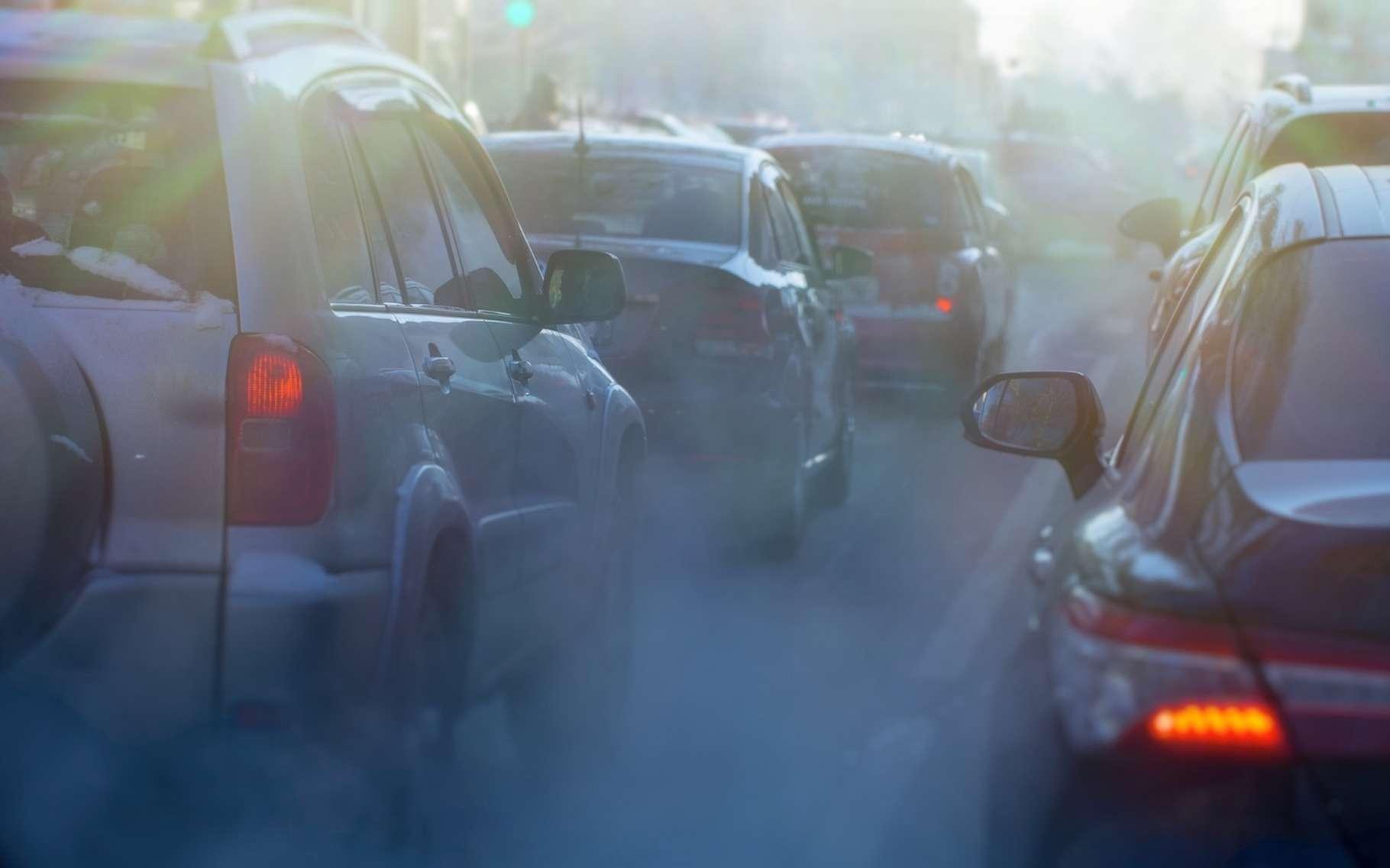 Le dioxyde d'azote est l'un des polluants de l'air les plus nocifs. Il vient principalement du trafic routier. © Nady, Fotolia