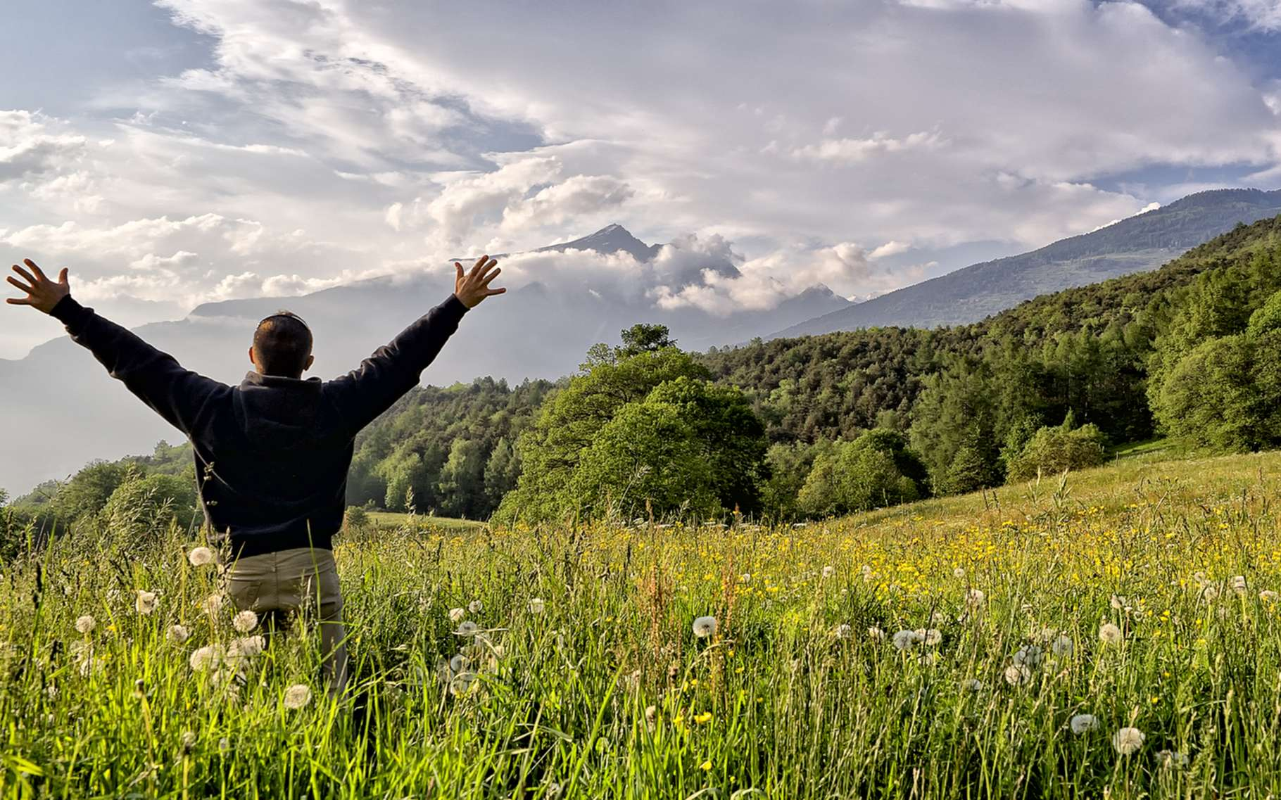 Des hommes qui ont eu de l'ocytocine en spray nasal ont connu un élan de spiritualité. © nivech, Shutterstock