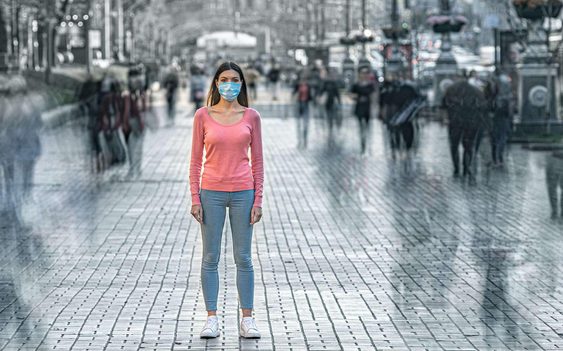 Au 11 mai 2020, moins de 6 % des Français auront été infectés par le coronavirus, un niveau très insuffisant pour éviter une deuxième vague épidémique si toutes les mesures étaient intégralement levées. © realstock1, Adobe Stock
