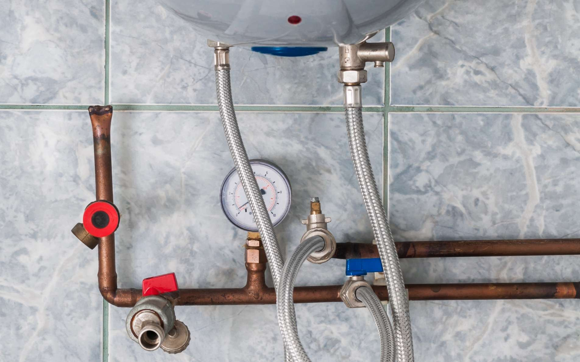 L'Europe veut réduire sa consommation d'énergie, ce qui passe par le chauffage et l'eau chaude des particuliers. © beccarra, Shutterstock.com