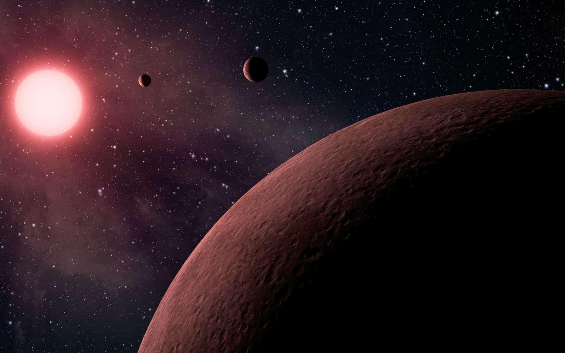 Kepler vient de découvrir plus de 200 nouvelles exoplanètes dont 10 habitables. Ici, illustration de l'étoile KOI-961 (une naine rouge à 130 années-lumière) et de ses trois planètes rocheuses confirmées. Ce système rappelle celui de Trappist-1. © Nasa, JPL-Caltech