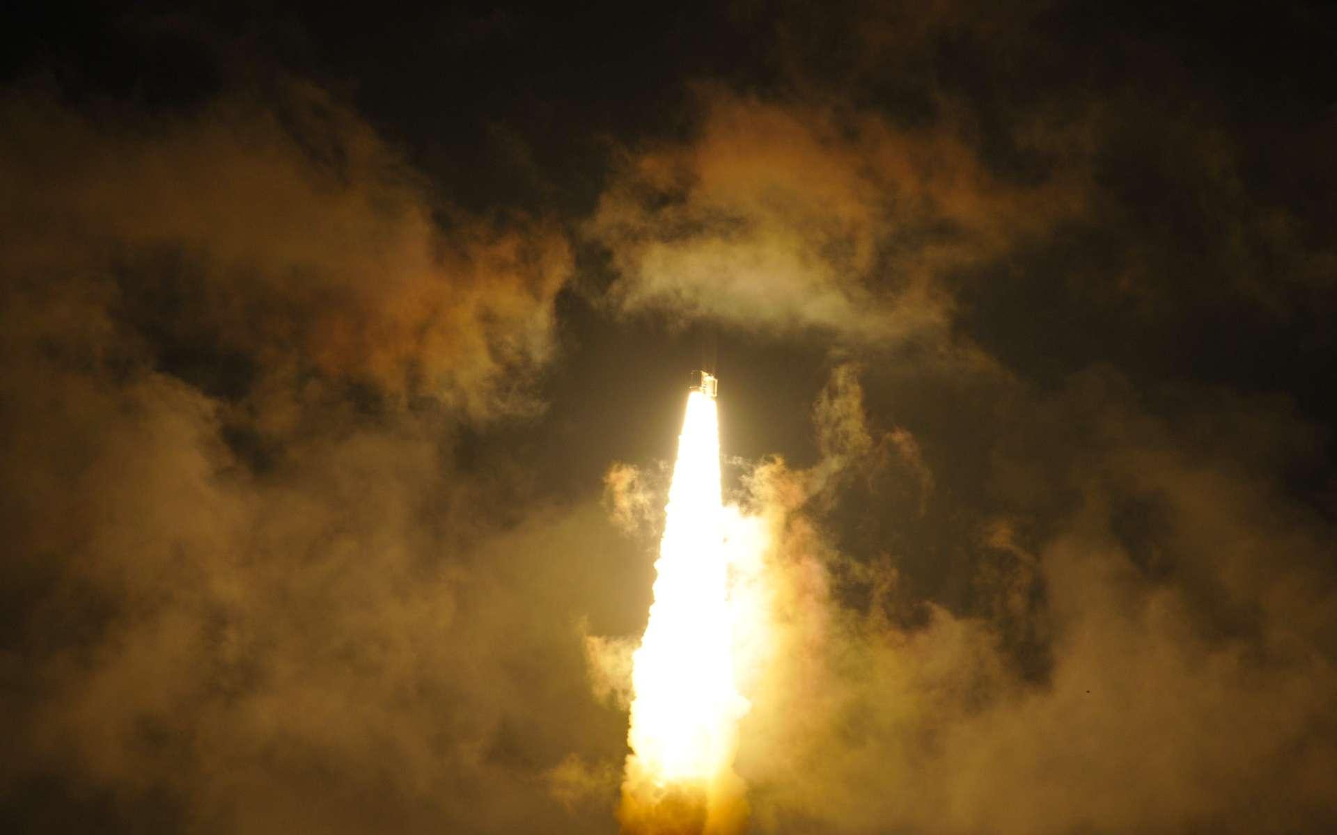 Comme les autres constructeurs de lanceurs engagés dans des programmes de réutilisation, la Chine veut, dans un premier temps, récupérer la partie basse du lanceur CZ-8. © Rémy Decourt
