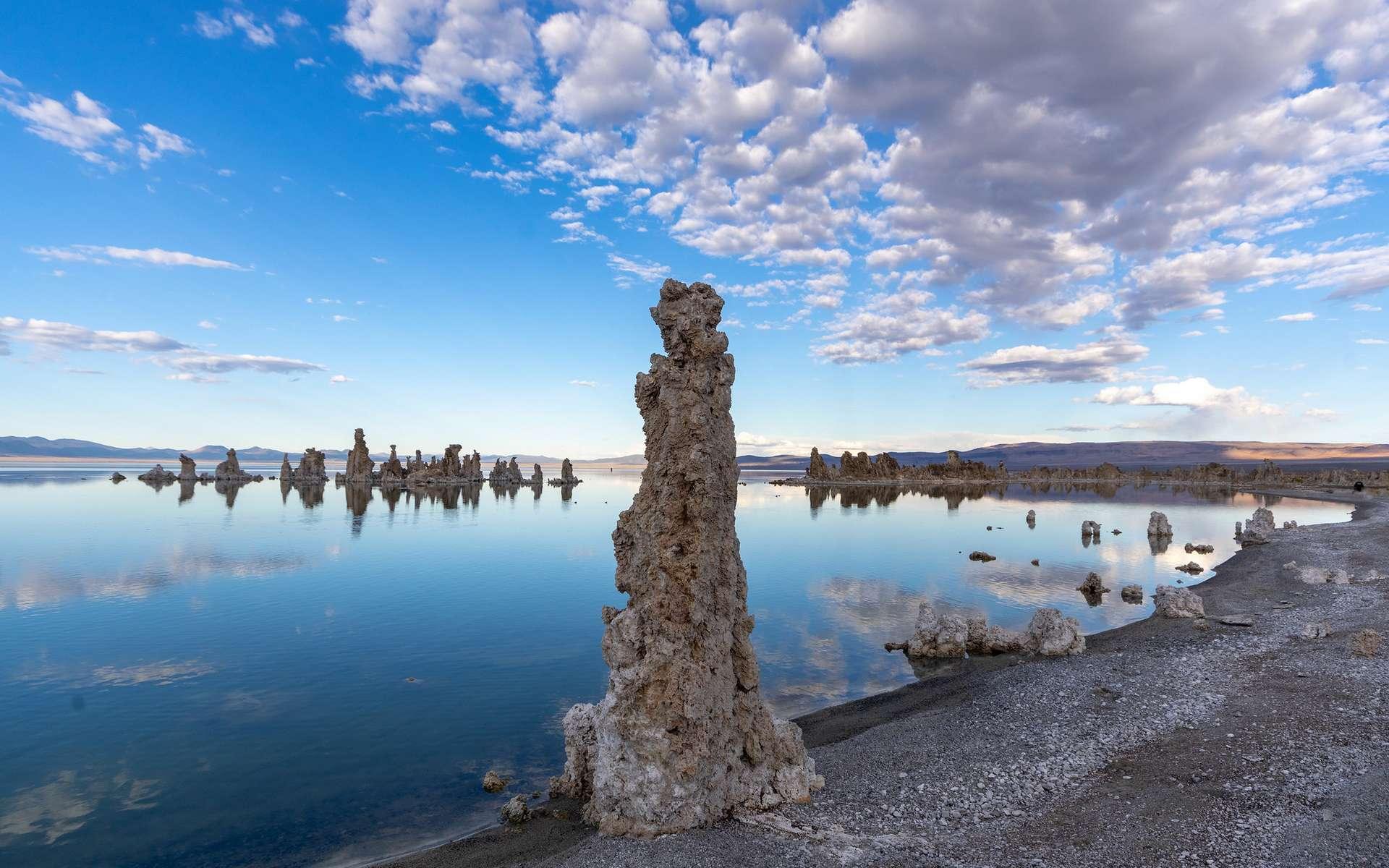 Le Lac Mono en Californie est l'un des nombreux lacs riches en phosphore à la surface de la Terre. © Matthew Dillon, Flickr