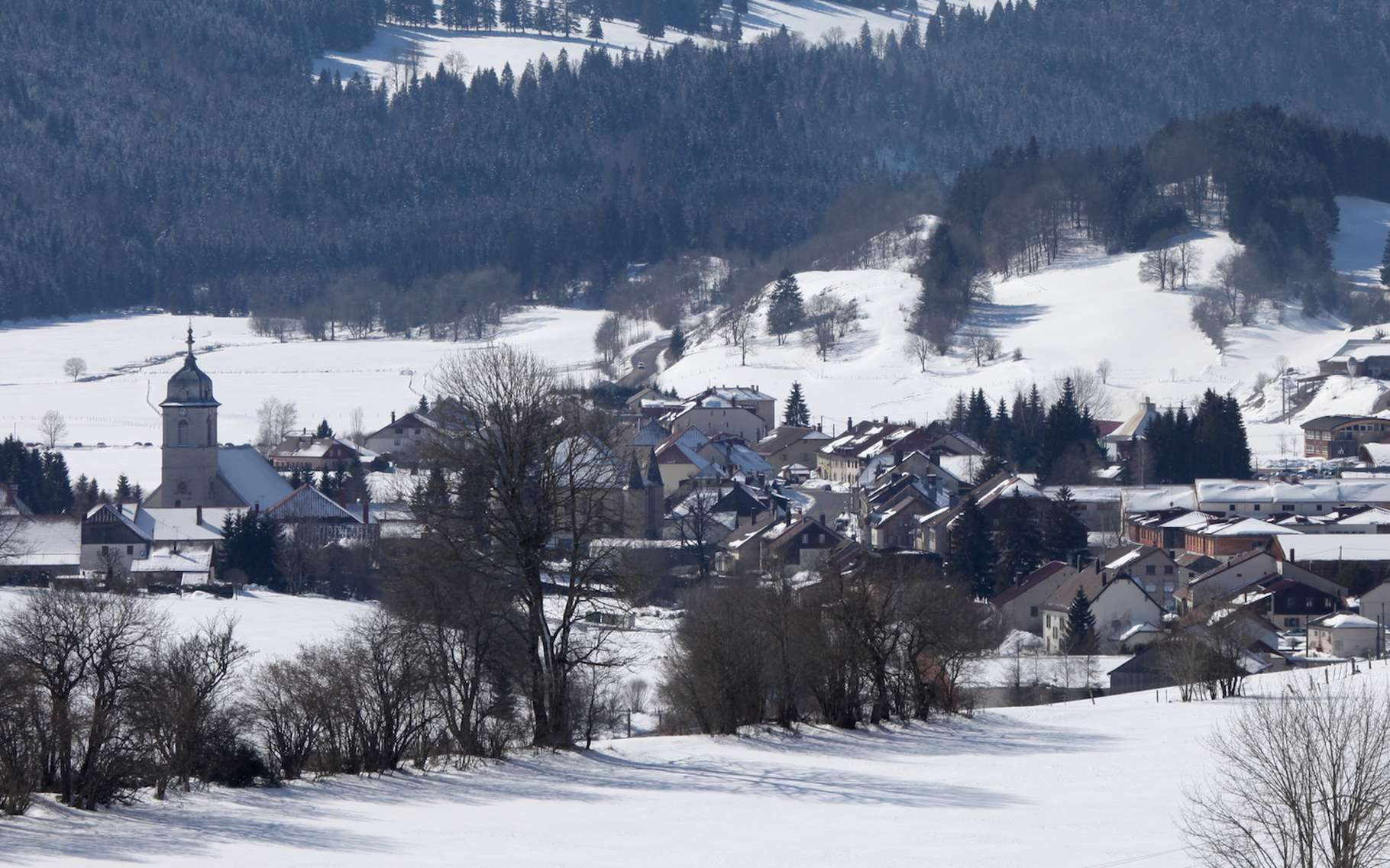 Le village de Mouthe, dans le Jura, est le plus froid de France. © Pmau, Wikipedia, CC by-SA 4,0
