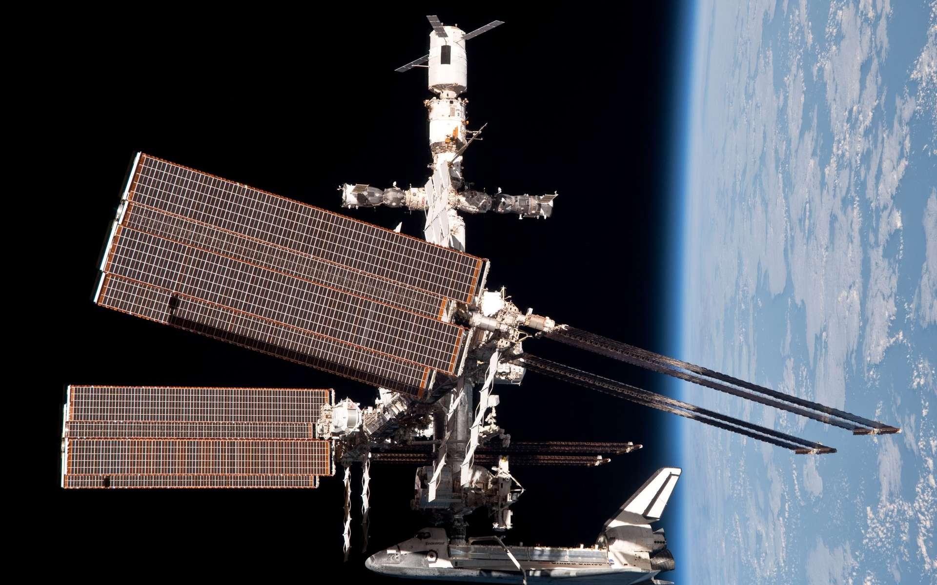 L'avenir de la Station spatiale n'a pas encore été décidé. Elle sera vraisemblablement désorbitée ou séparée en deux morceaux, mais certainement pas en 2020 comme l'ont annoncé à tort certains médias. © Nasa