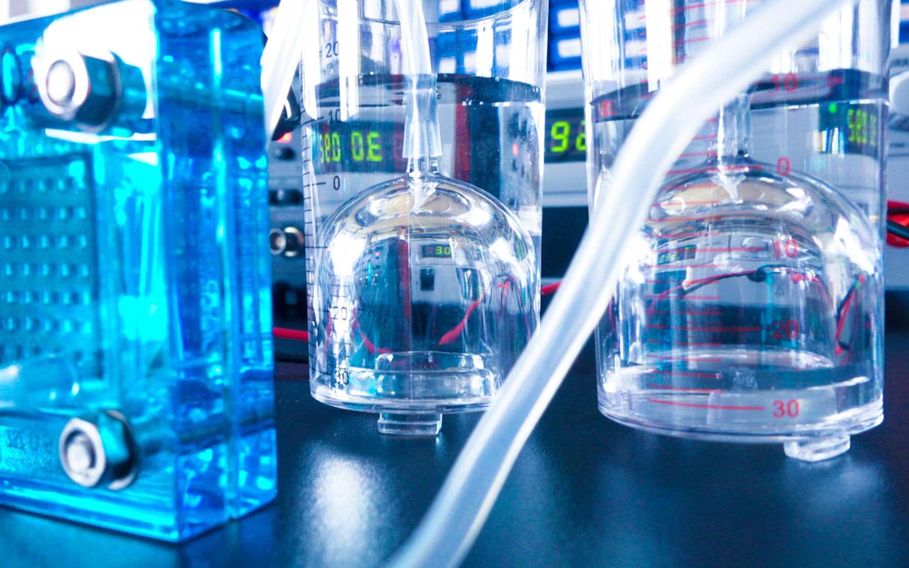 Comment produit-on de l'hydrogène ? Ici, une pile à combustible utilisant de l'hydrogène. © science photo, Fotolia