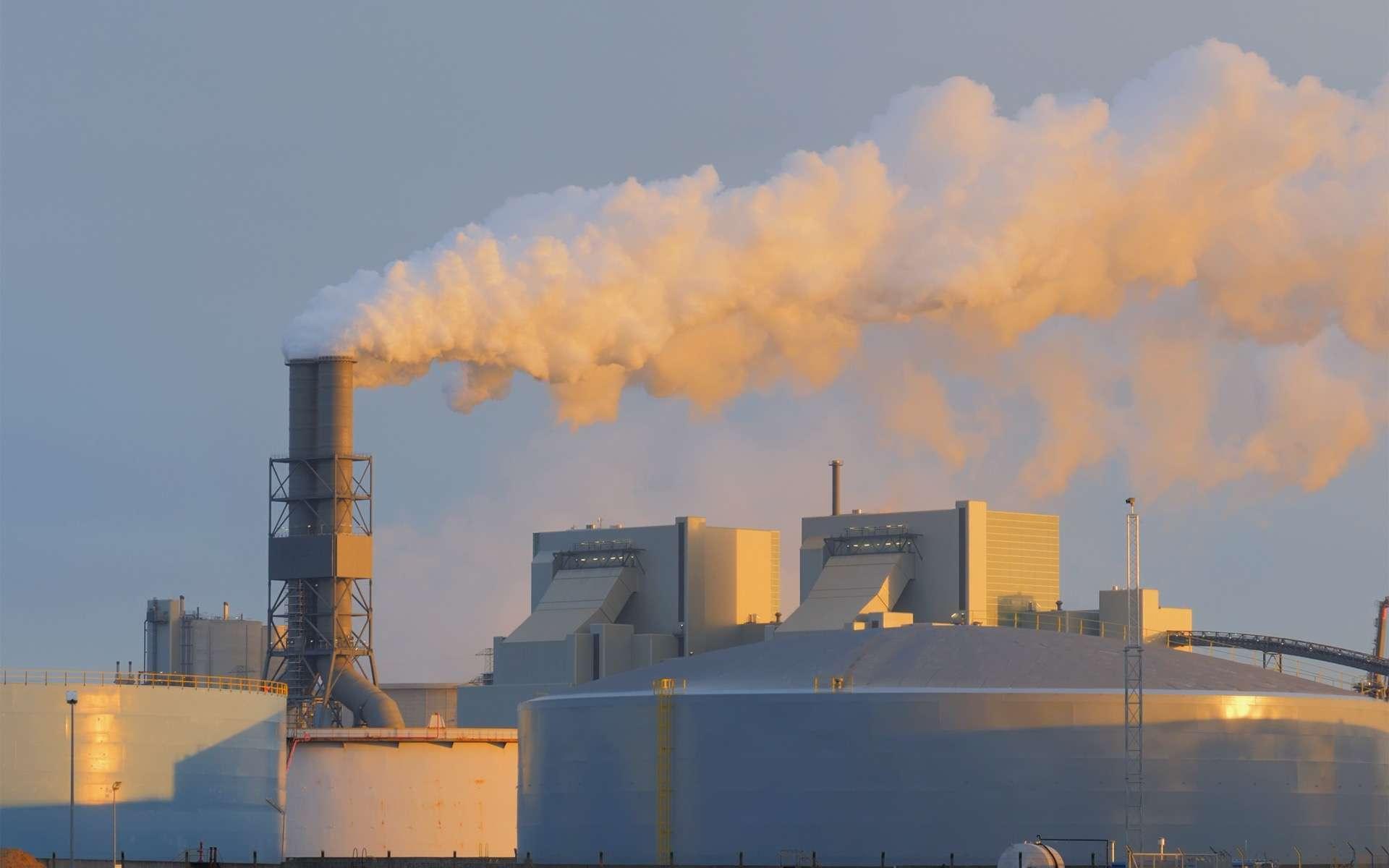 Les usines d'incinération sont de grosses de production de dioxine. © Acnaleksy, Adobe Stock