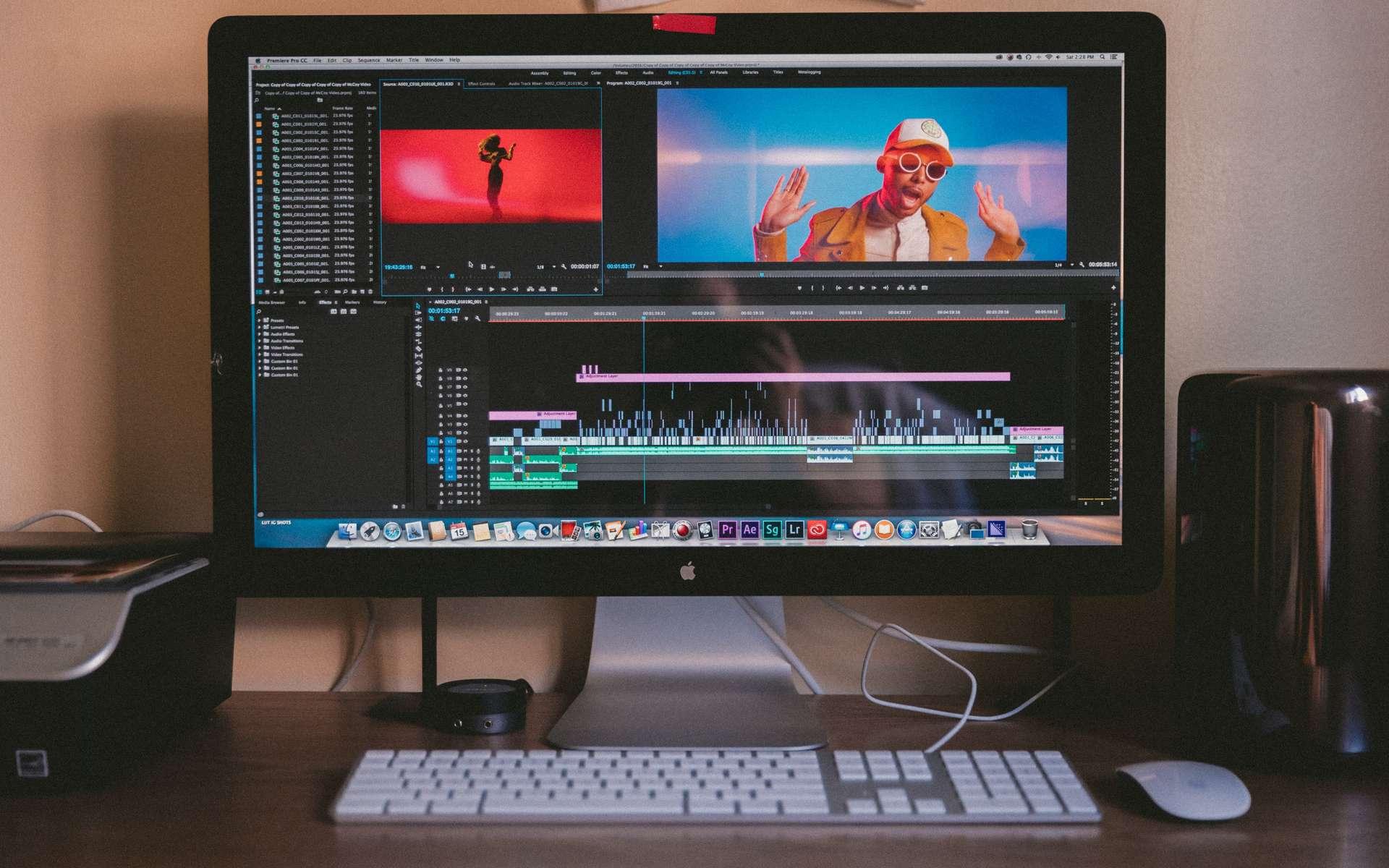 Lire une vidéo, changer sa taille et l'éditer sont les trois fonctions d'un convertisseur vidéo les plus plébiscitées. © Jakob Owens, Unsplash