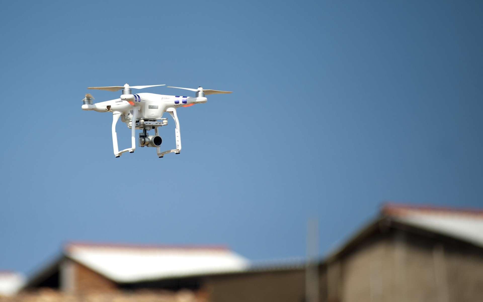 Les obligations à respecter pour faire voler son drone. © Pexels