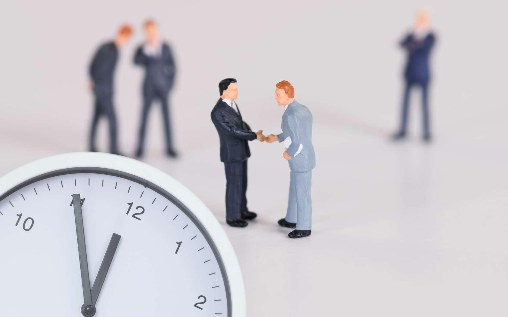 Le portage salarial est un lien tripartite entre le « porté », l'entreprise de portage salarial et le(s) client(s) du « porté ». © Frittipix, Fotolia