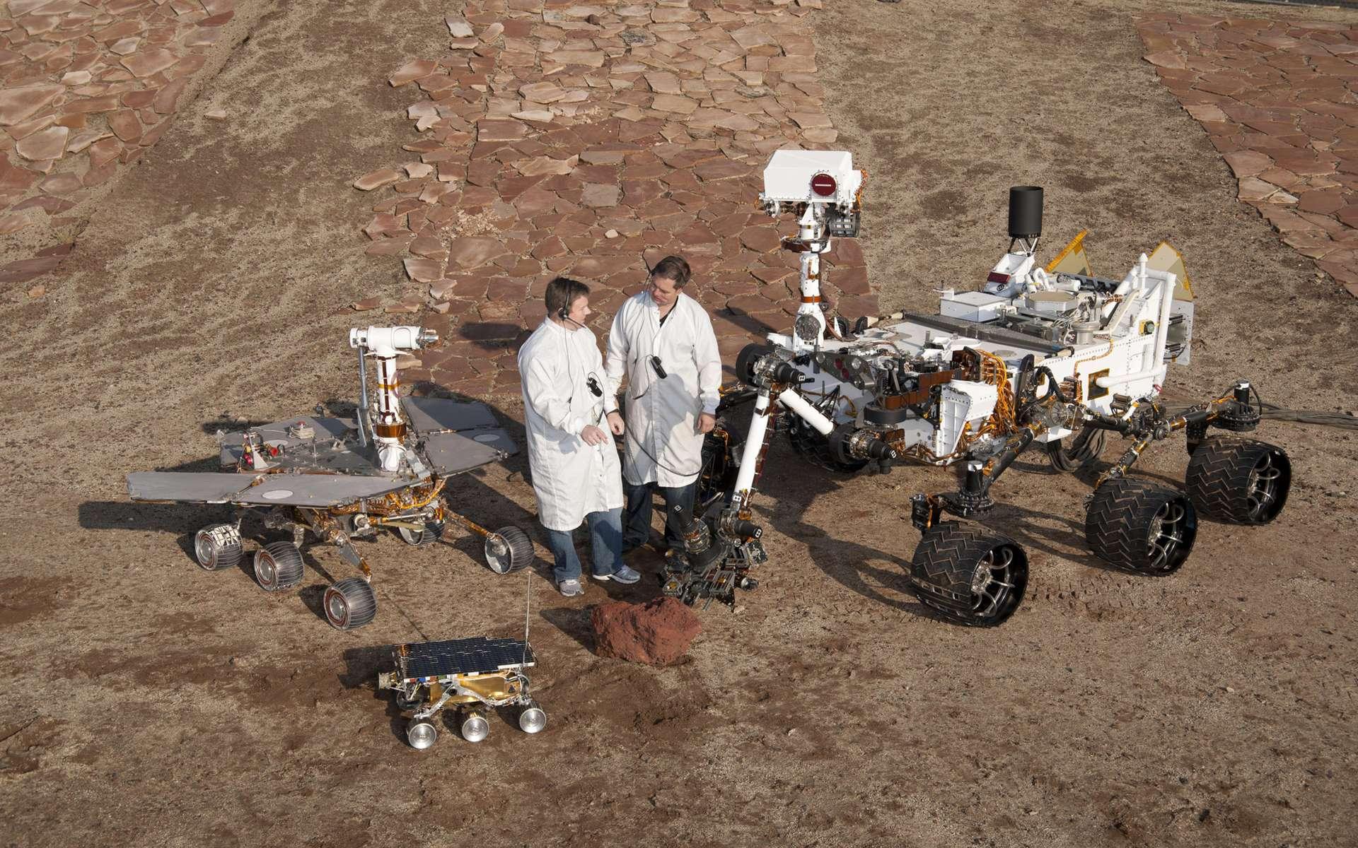 Trois générations de rovers martiens en taille réelle avec, du plus petit au plus grand, Sojourner (1997), Opportunity (2004) et Curiosity. © Nasa, JPL-Caltech