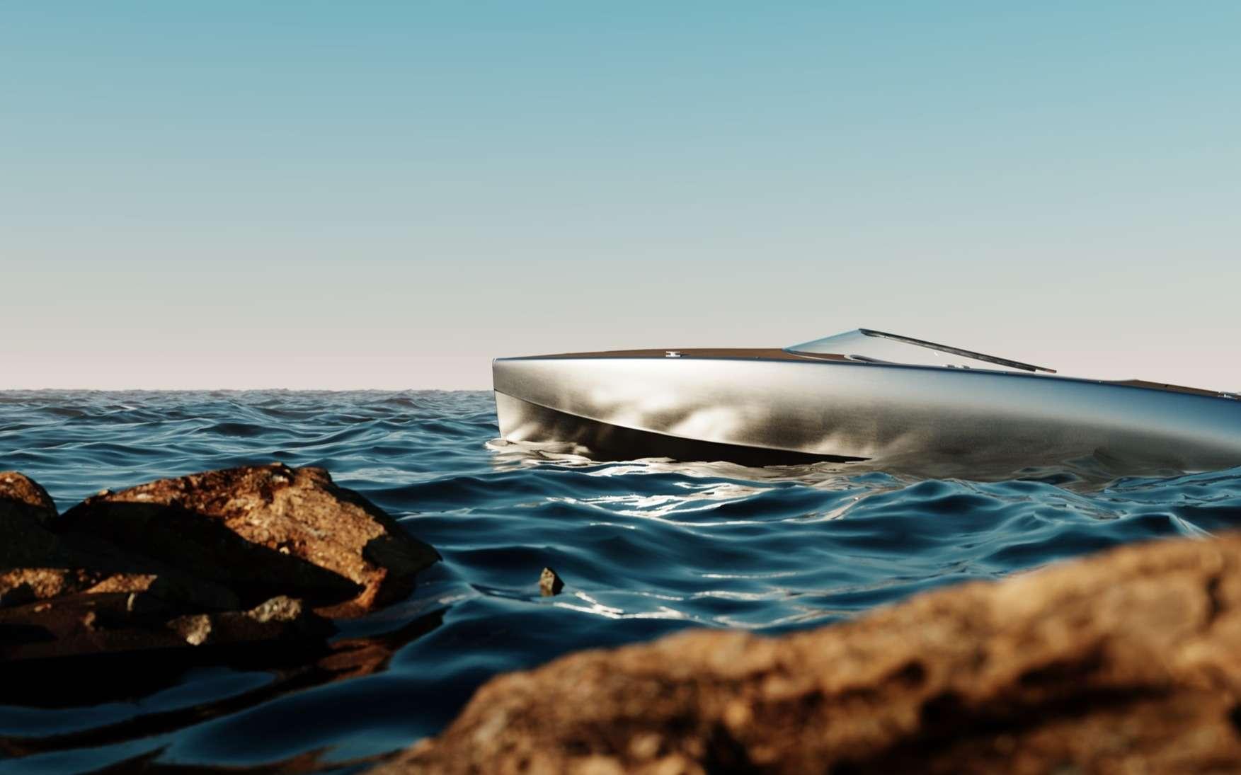 Le Sarvo37 et sa superbe coque en aluminium brossé. © Sarvo Marine
