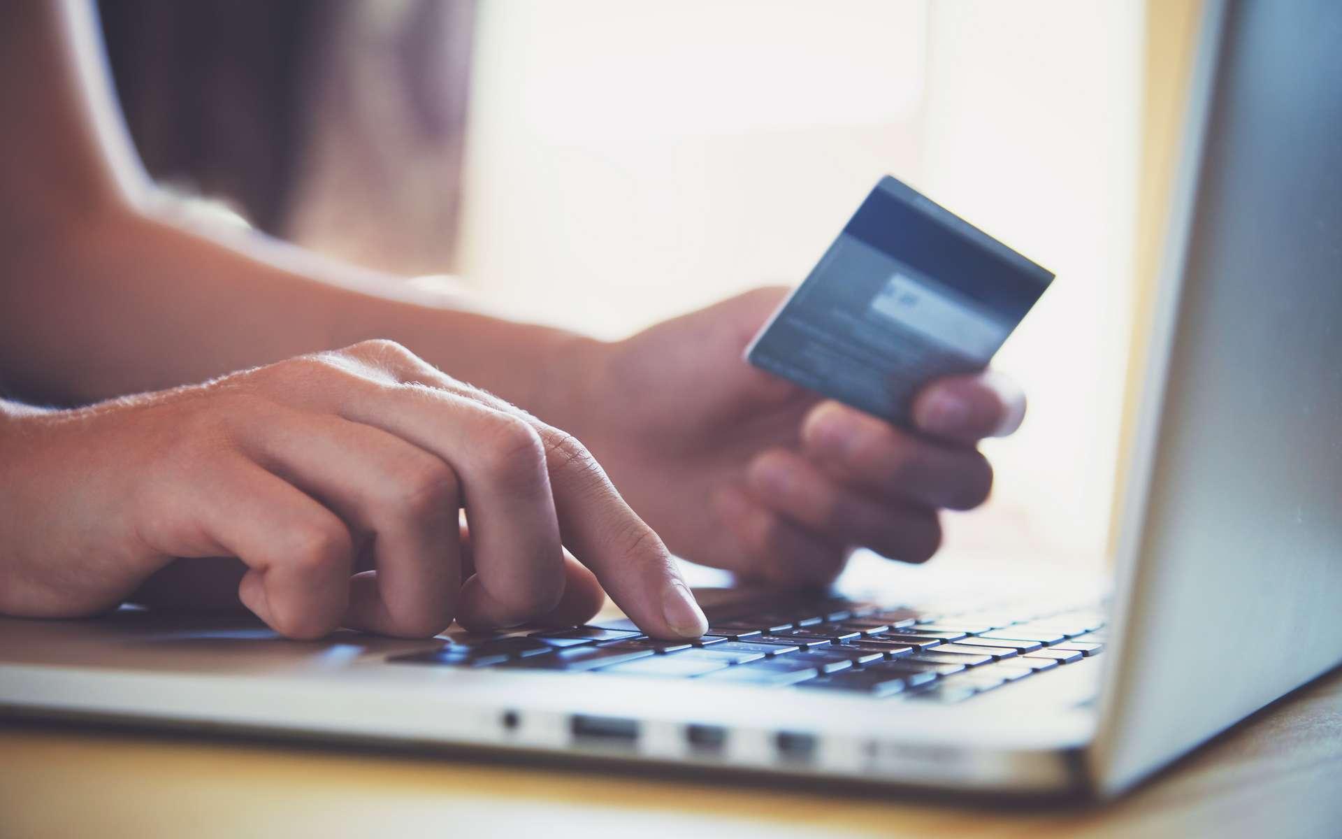 EDF Pulse & You a enquêté sur le paiement en ligne par carte bancaire. © Ivan Kruk, Adobe Stock