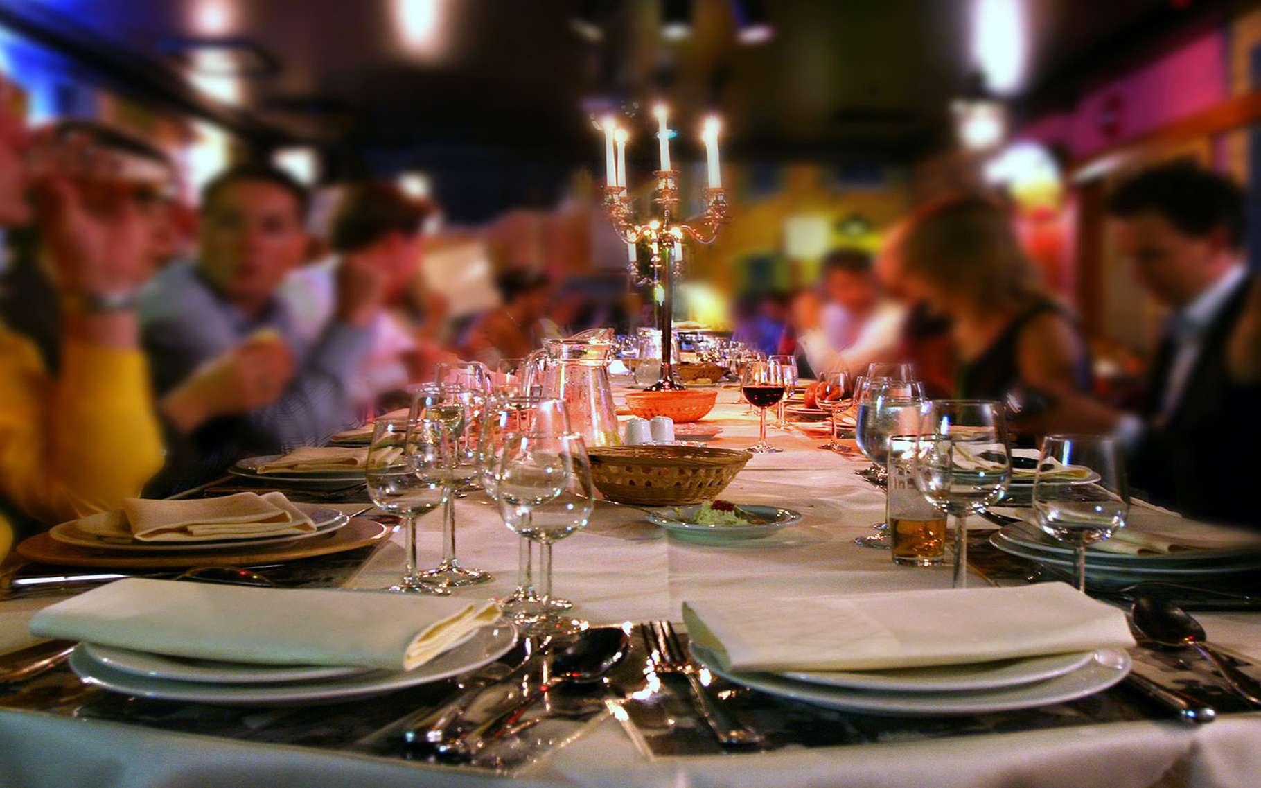 Le dîner de famille. © Alexander, Fotolia