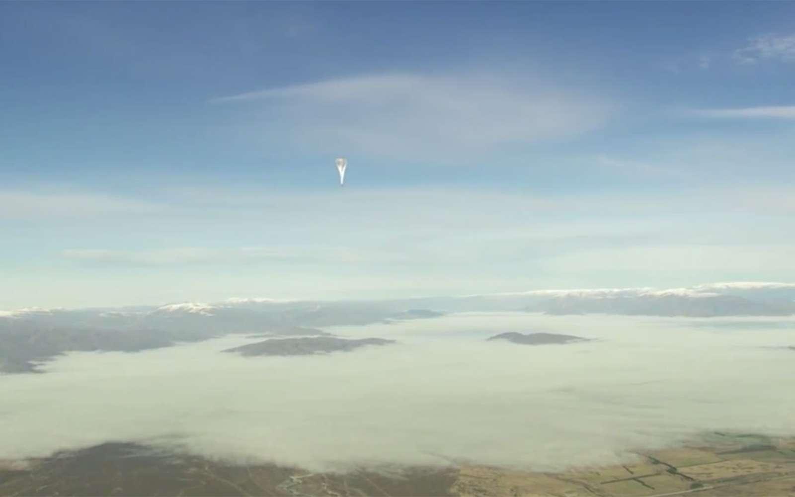 D'ici 2020, une centaine de ballons stratosphériques pourraient dériver afin d'offrir un service Internet aux populations qui n'y ont pas accès. © Cnes