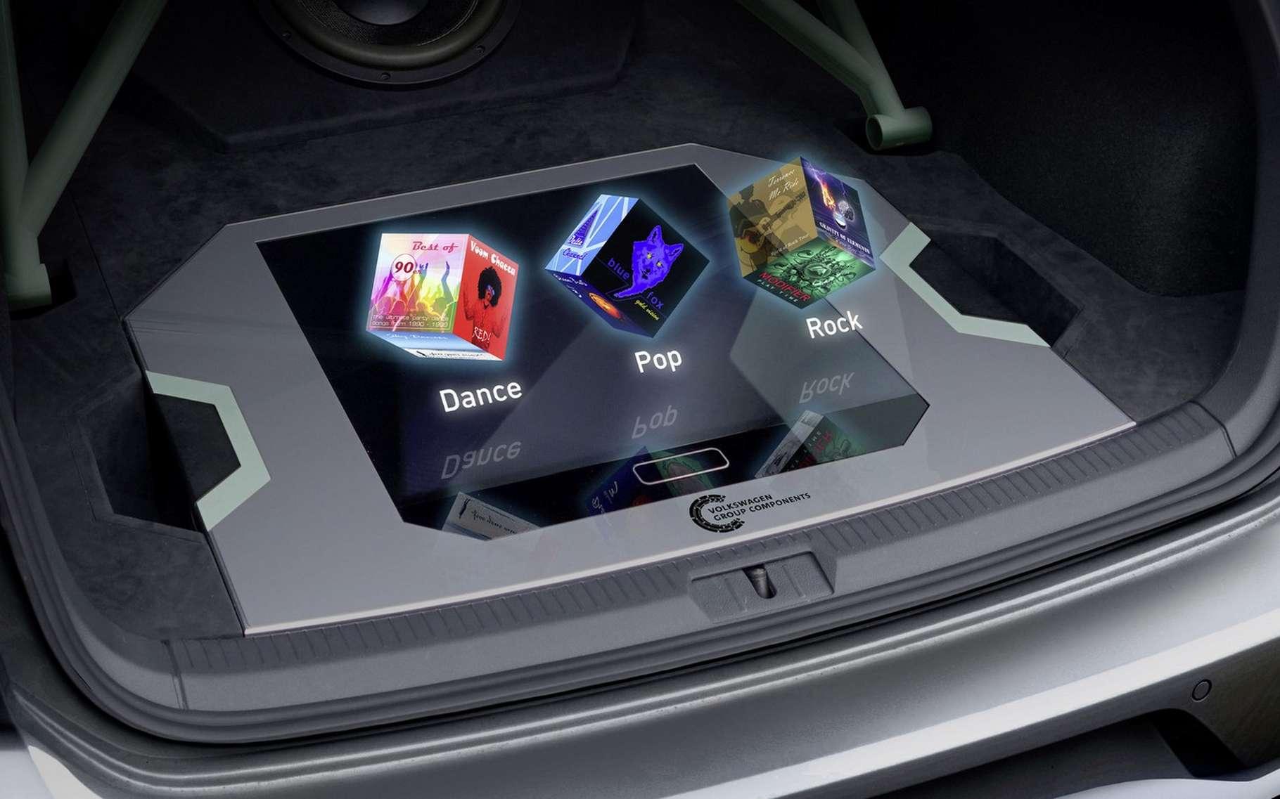 L'affichage 3D de l'autoradio de la Golf GTI Aurora de Volkswagen ne nécessite pas de lunettes spéciales. © Volkswagen